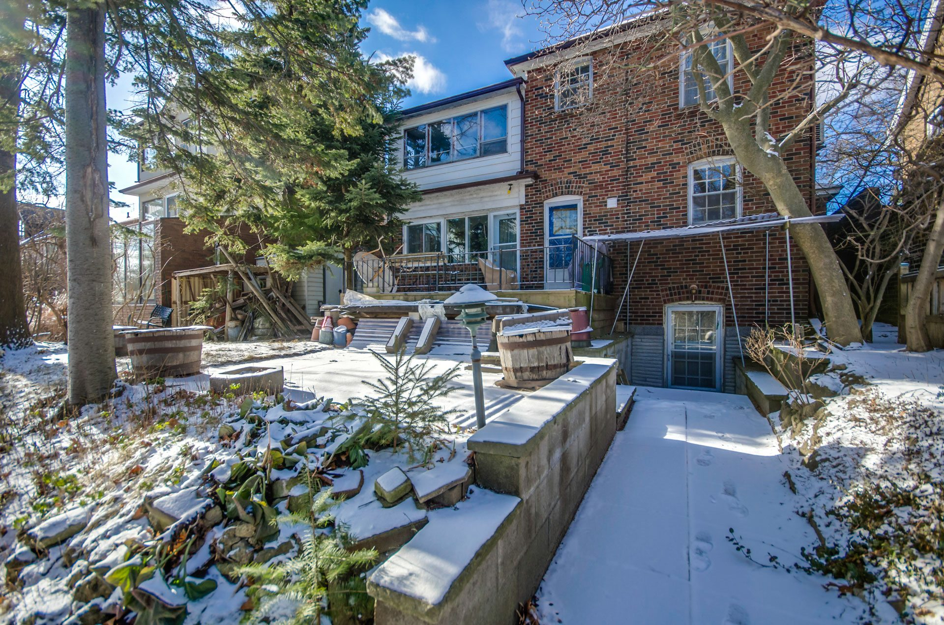 toronto-house-for-sale-27-grenadier-heights-15