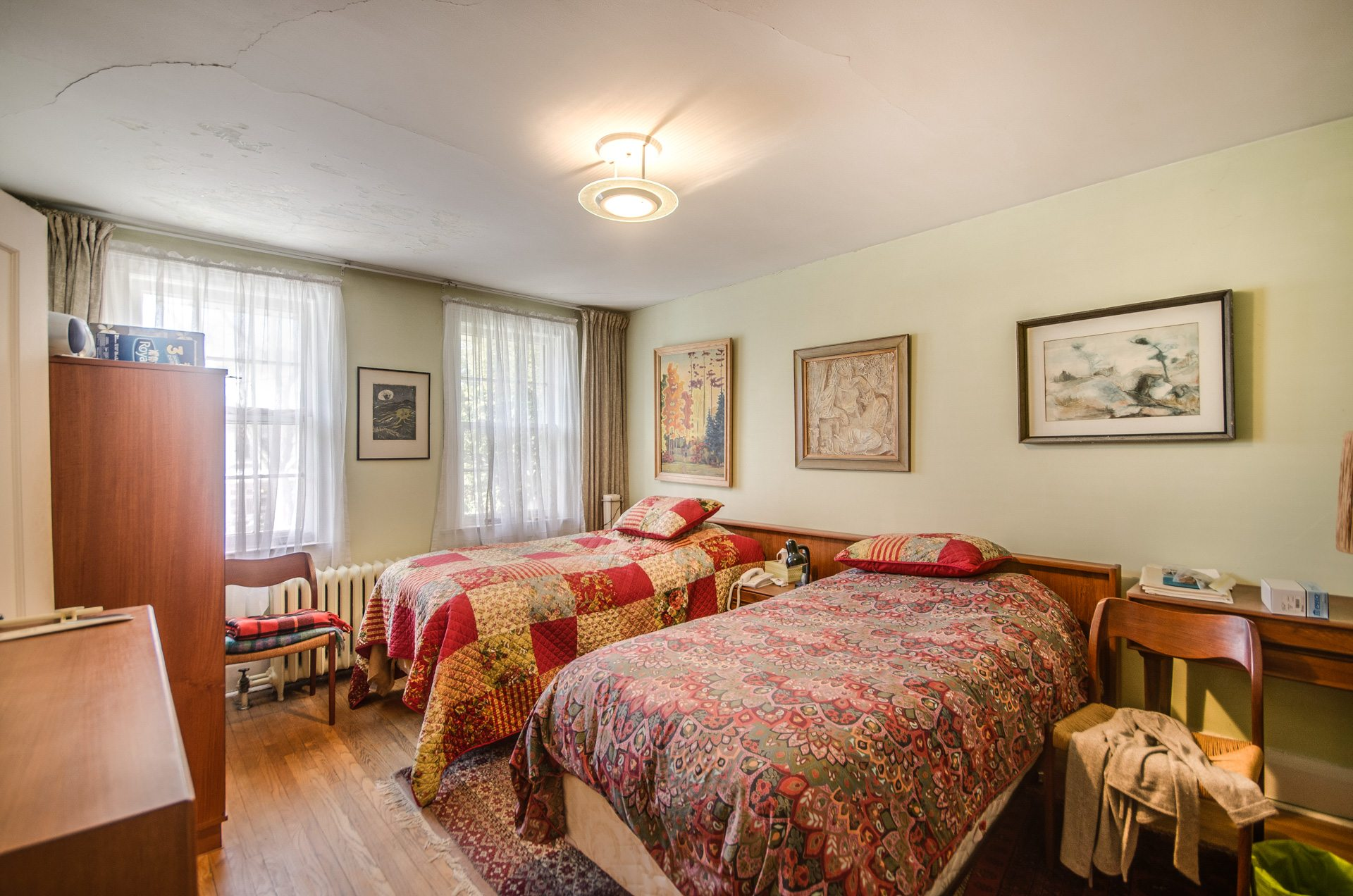 toronto-house-for-sale-27-grenadier-heights-9