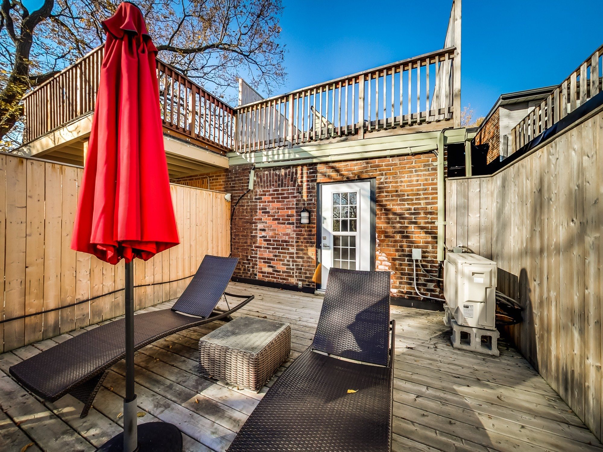 toronto-house-sold-59-sussex-avenue-10