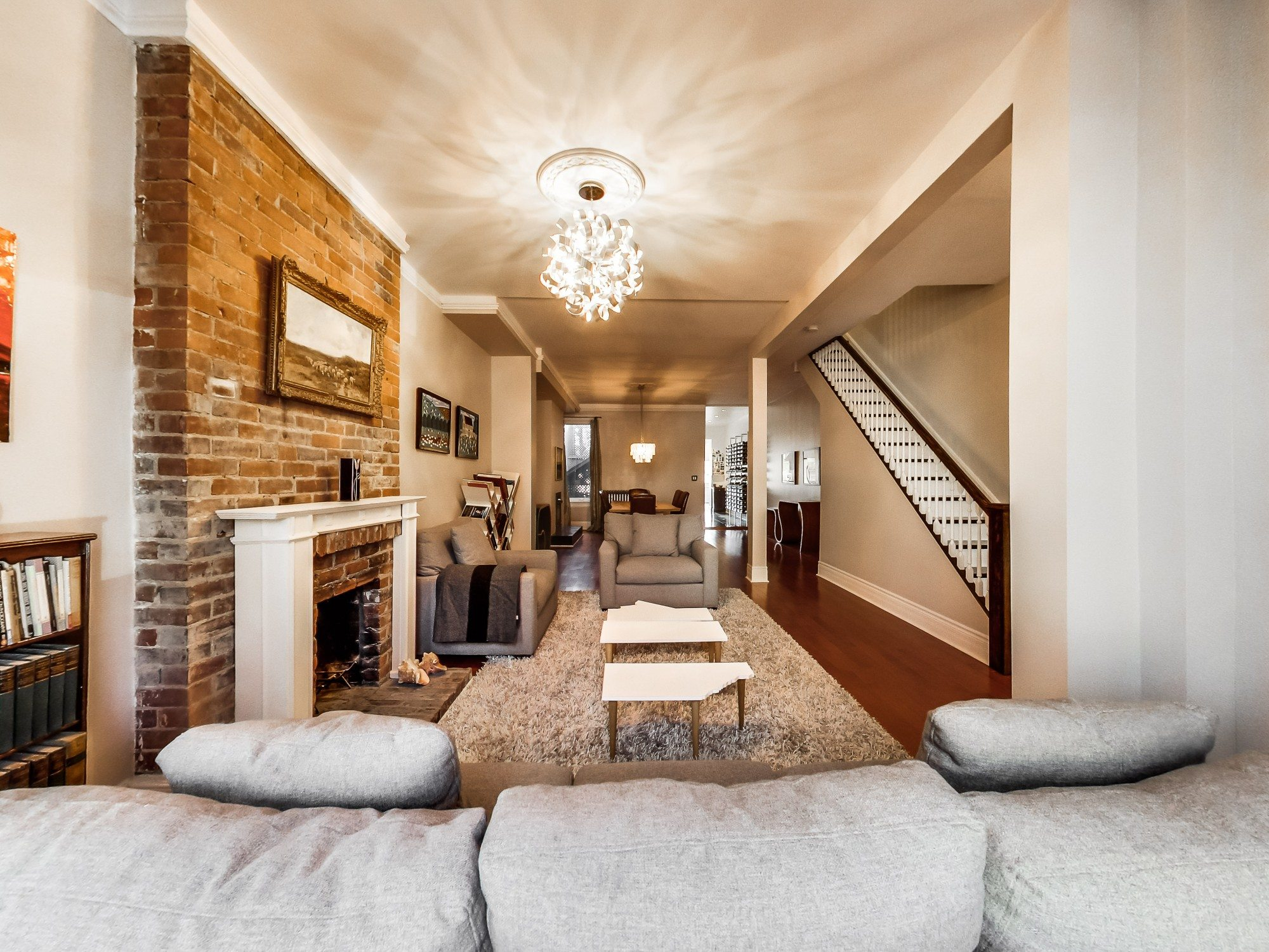 toronto-house-sold-59-sussex-avenue-3