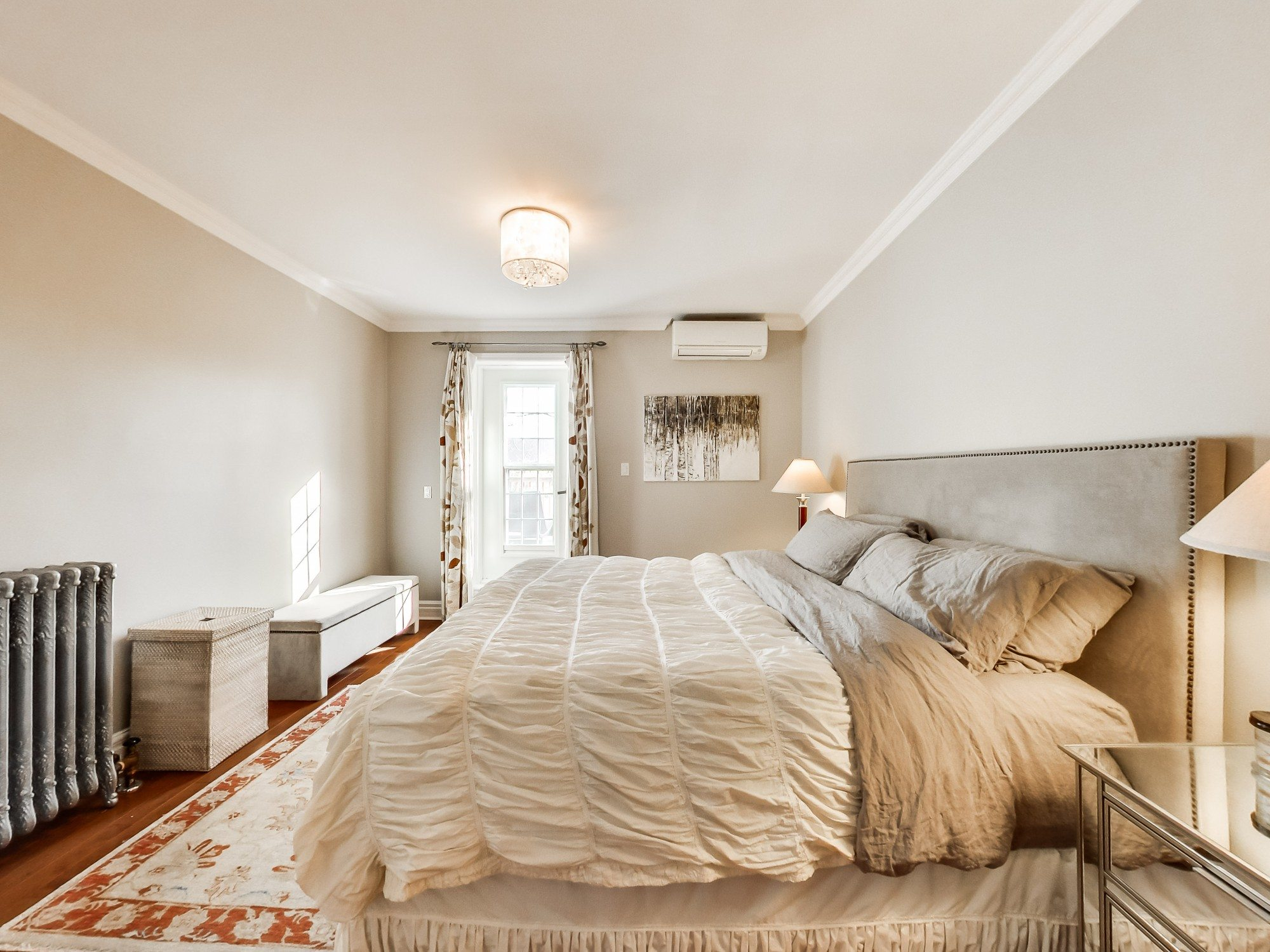 toronto-house-sold-59-sussex-avenue-8