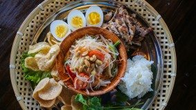 What's on the menu at Kub Khao, a new Thai restaurant with a Khao San Road cook in charge