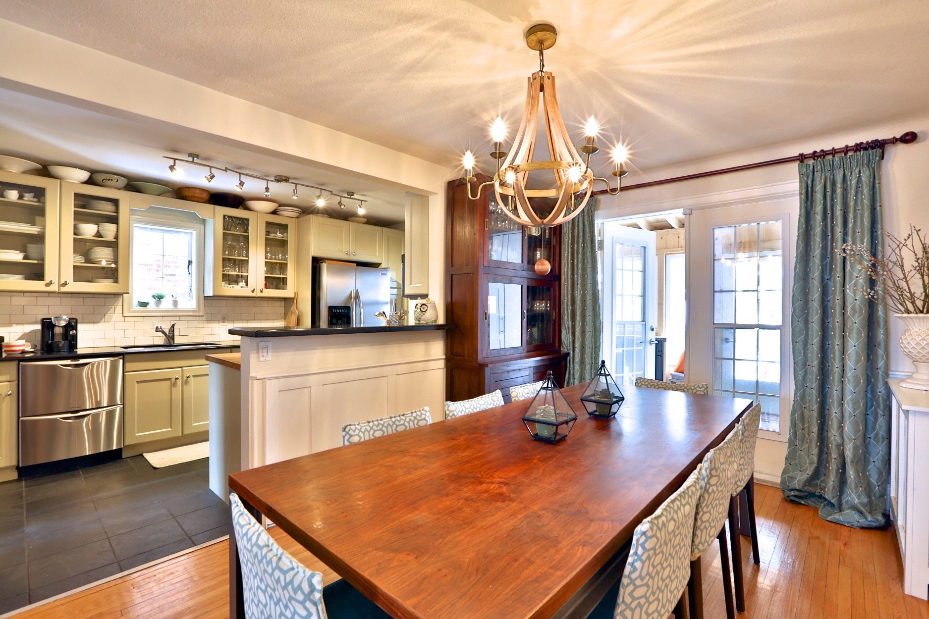 toronto-house-sold-89-southvale-drive-5