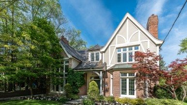 Former finance minister Joe Oliver is selling his Wychwood house for $4.5 million