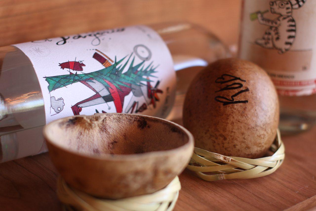 toronto-restaurants-bars-el-rey-mezcal-bar-grant-van-gameren-kensington-market-gourd-cups