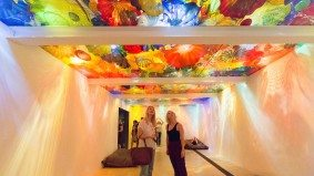 How an 11-person team built Dale Chihuly's colossal glass sculptures at the ROM
