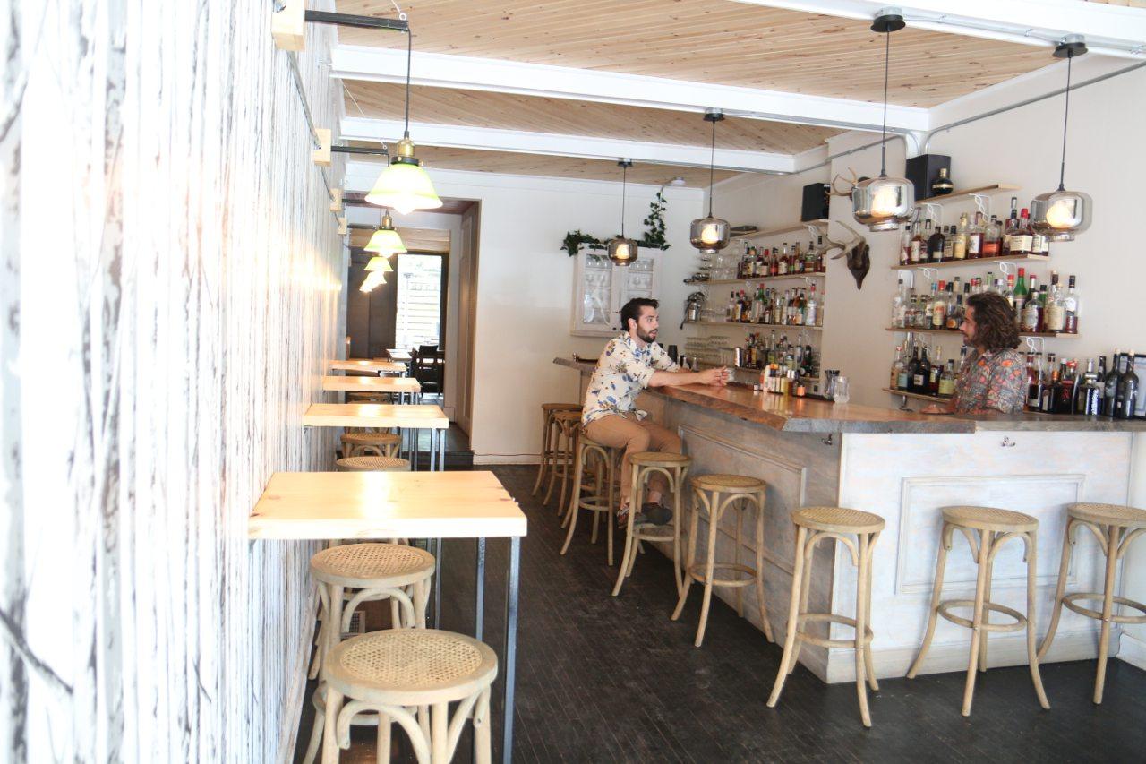toronto-bars-cocktails-clocktower-bar-summerhill-room-1