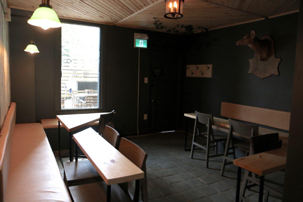 toronto-bars-cocktails-clocktower-bar-summerhill-room-2
