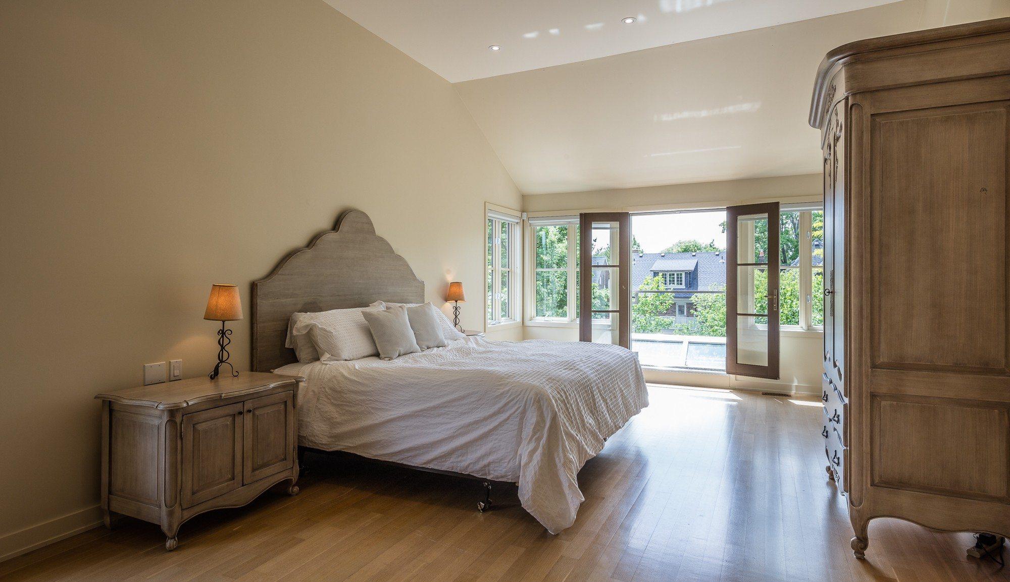 toronto-house-for-sale-44-lascelles-boulevard-10