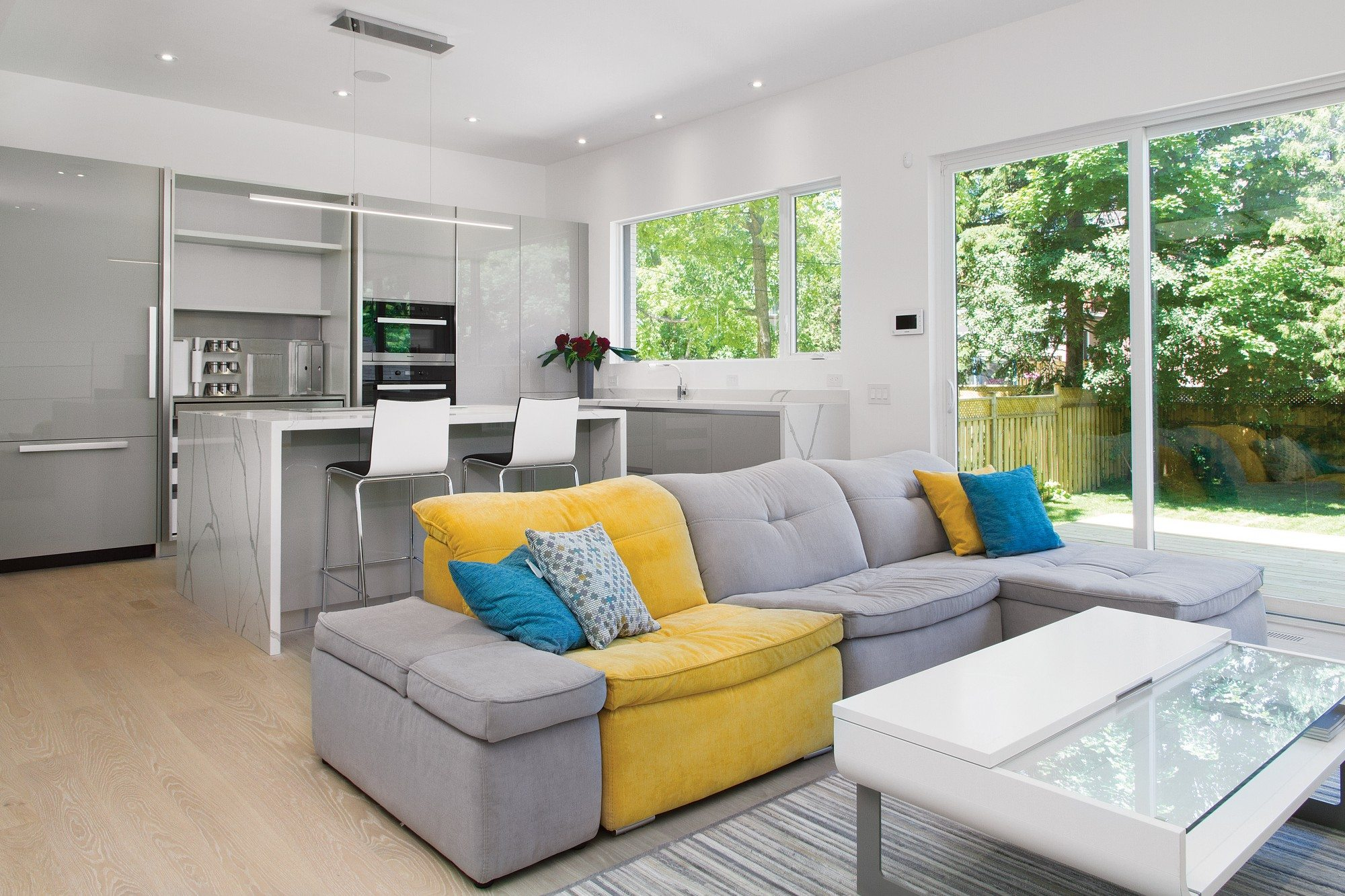 toronto-house-for-sale-82-divadale-drive-5