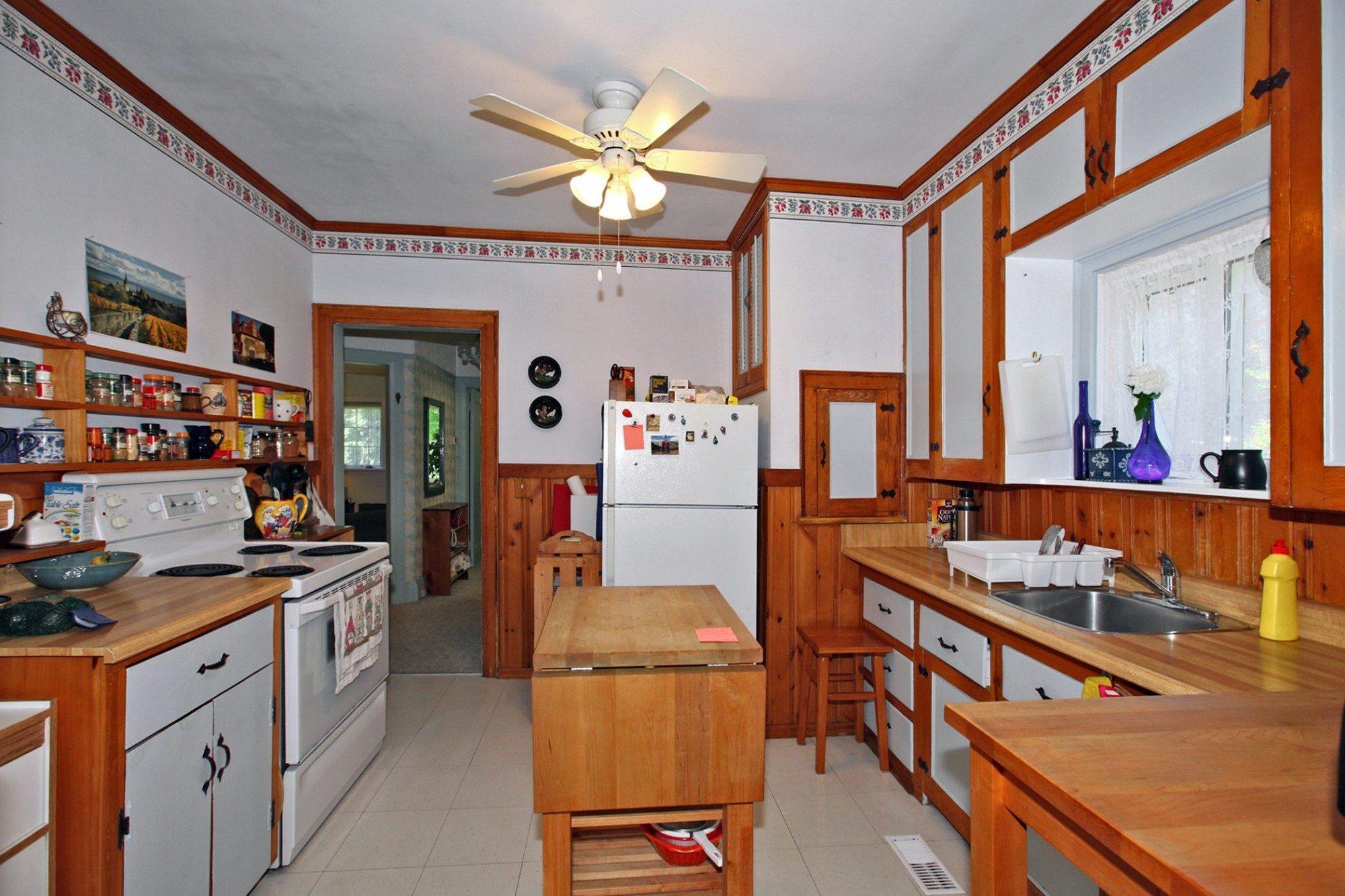 toronto-house-sold-203-ellerslie-avenue-5