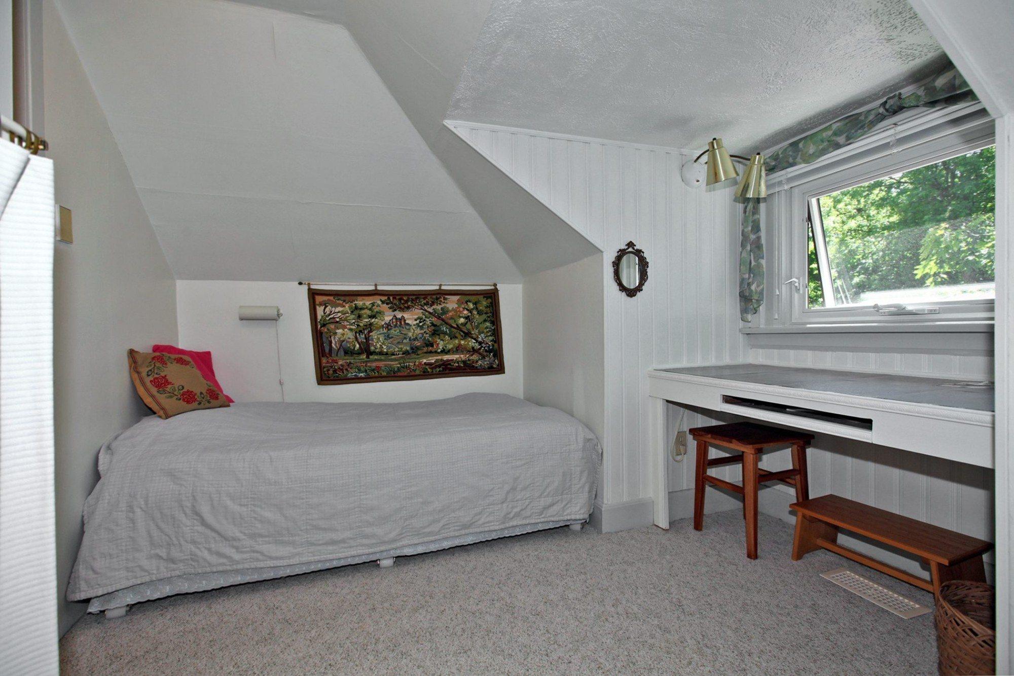 toronto-house-sold-203-ellerslie-avenue-9