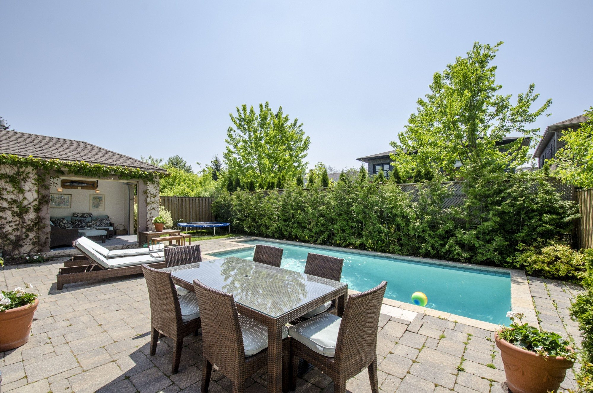 toronto-house-sold-281-poyntz-avenue-18