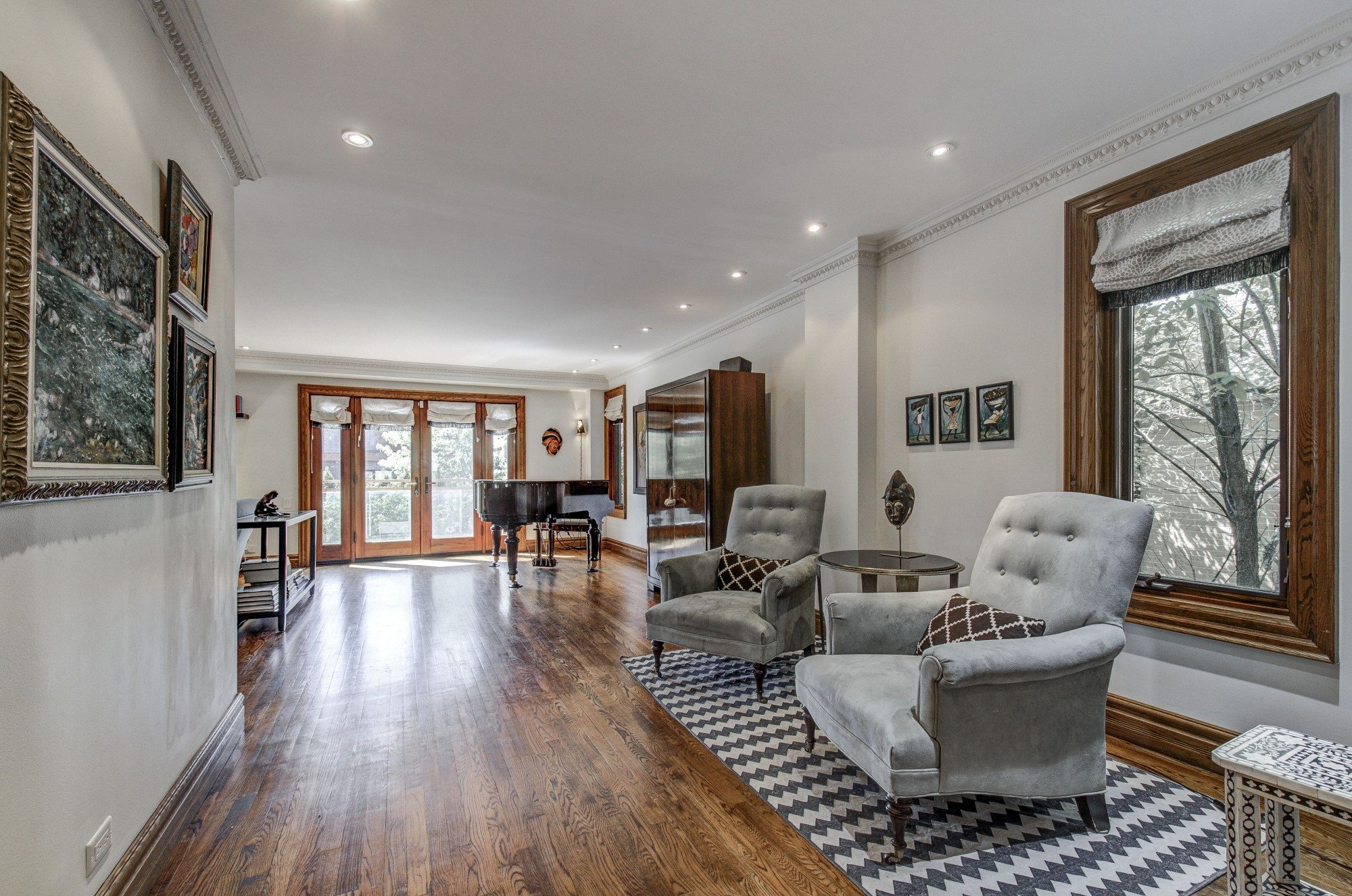 toronto-house-sold-281-poyntz-avenue-4