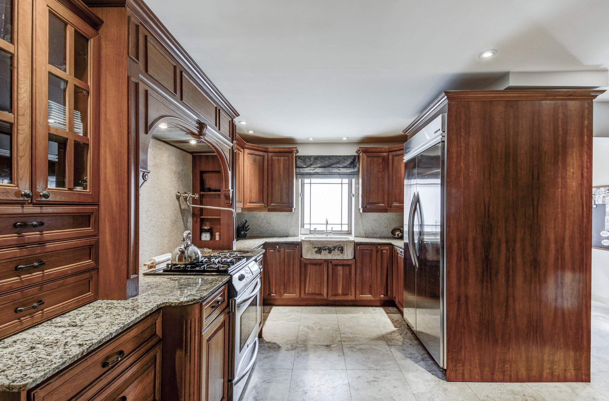 toronto-house-sold-281-poyntz-avenue-7