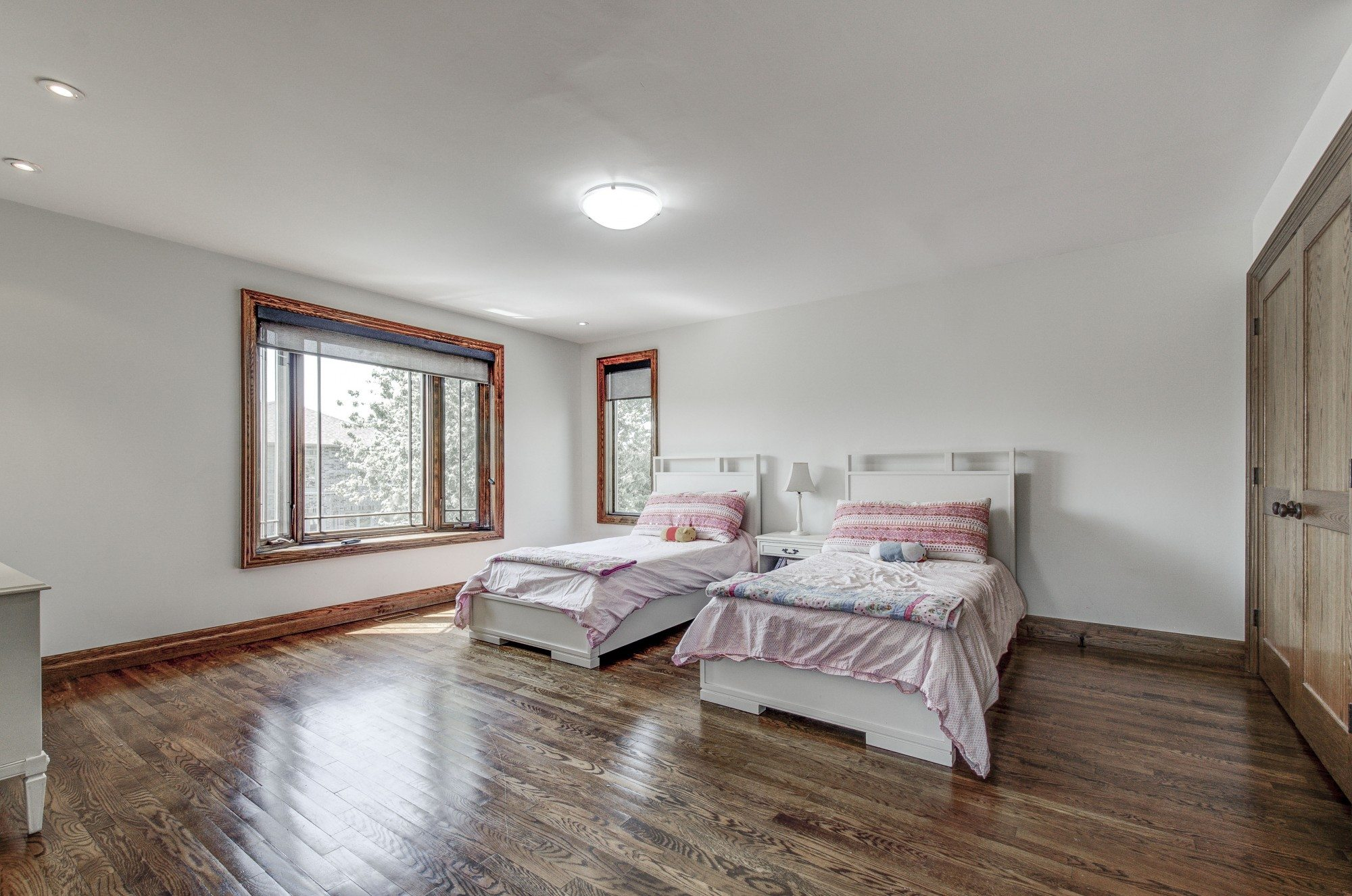 toronto-house-sold-281-poyntz-avenue-8