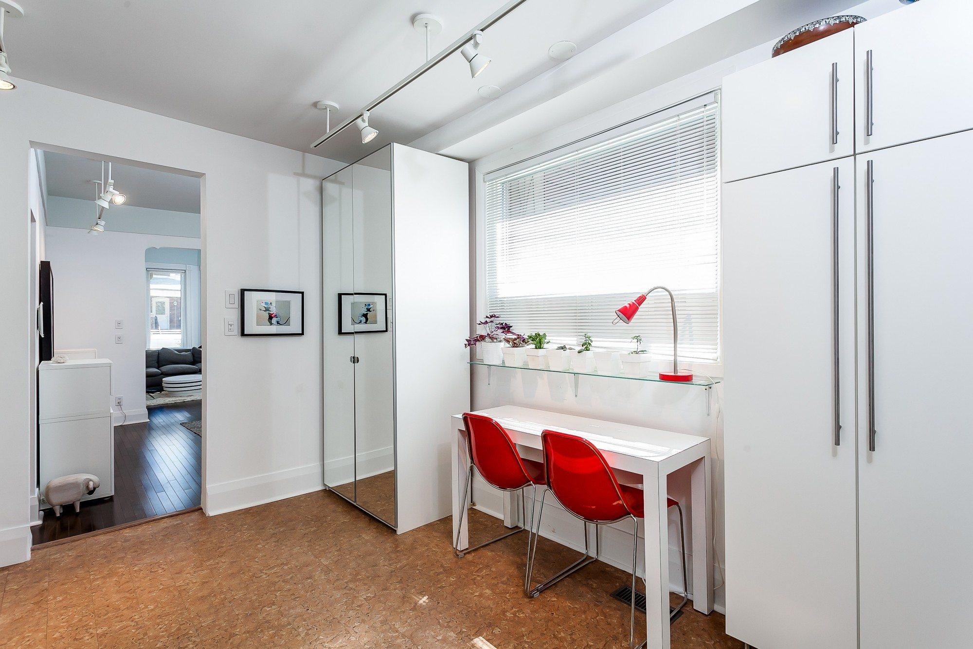 toronto-house-sold-474-brock-avenue-4
