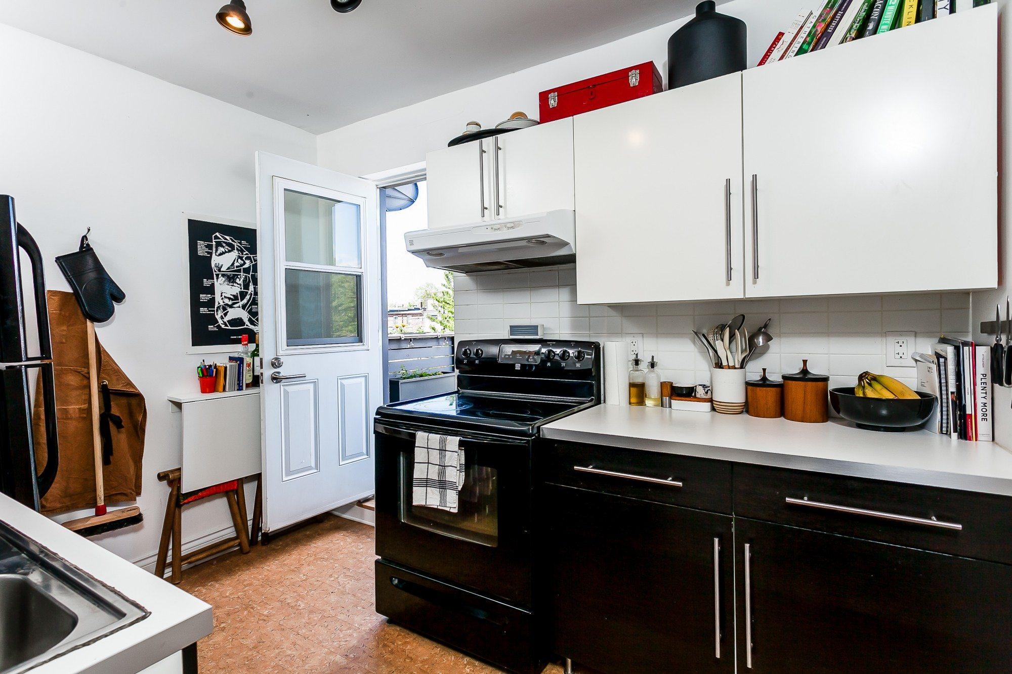 toronto-house-sold-474-brock-avenue-9