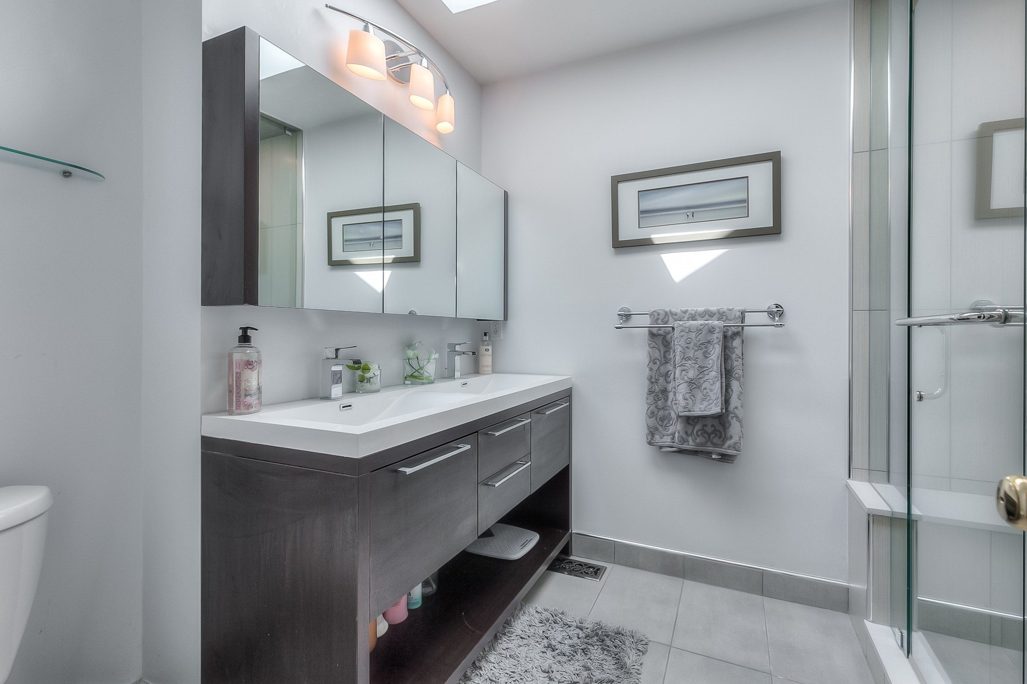 toronto-house-sold-603-roehampton-avenue-10