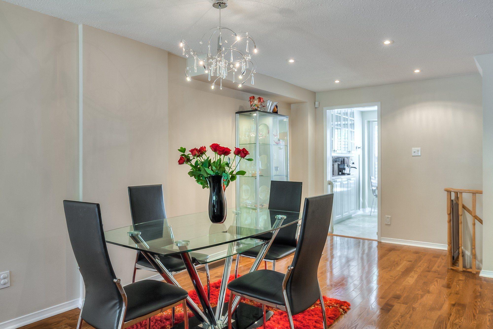 toronto-house-sold-603-roehampton-avenue-3