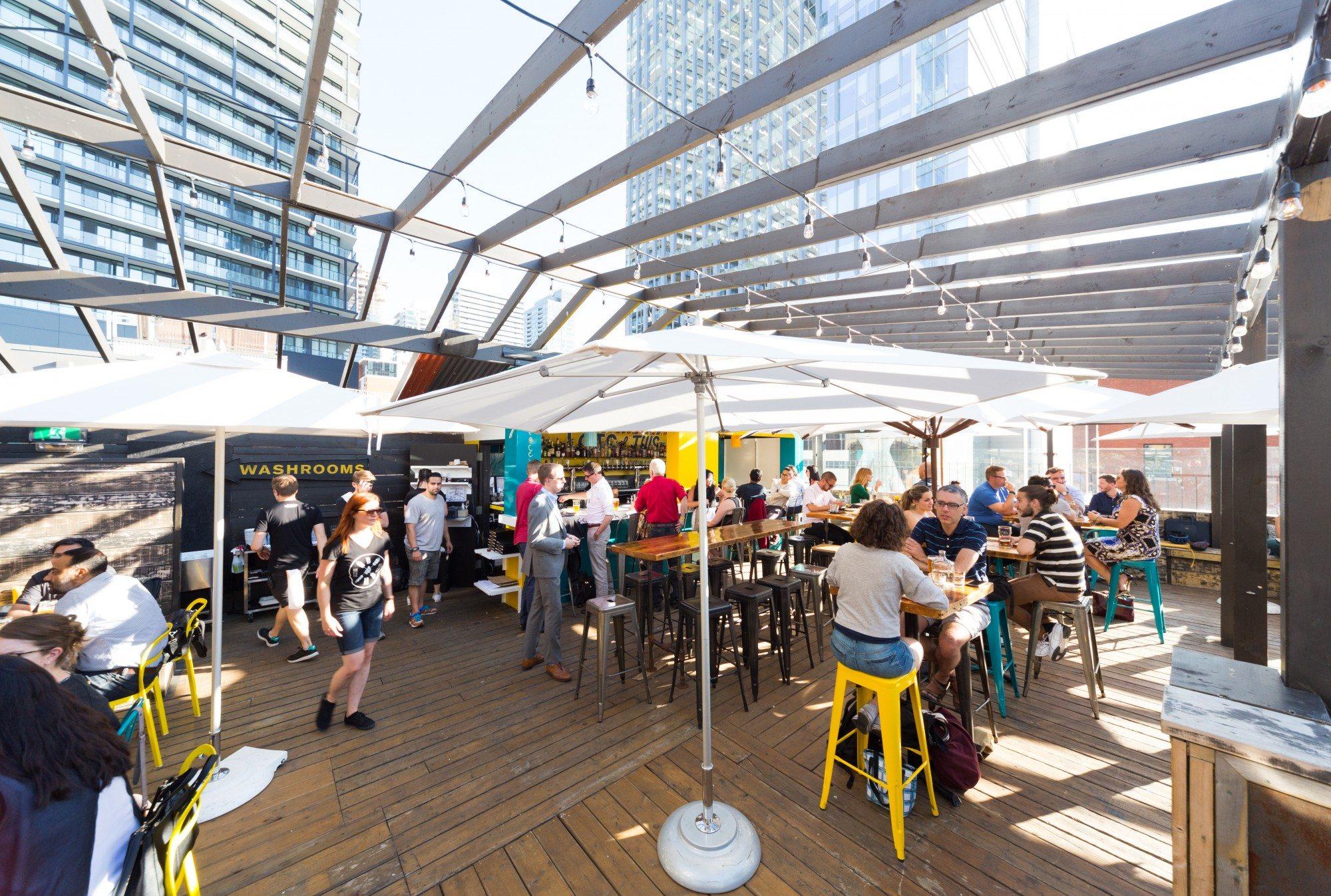 toronto-restaurants-bars-best-new-patios-guide-2016-barhop-brewco-entertainment-district