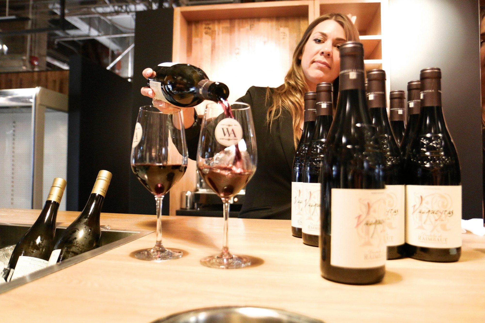 toronto-restaurants-clubs-the-private-wine-academy-financial-district-bar