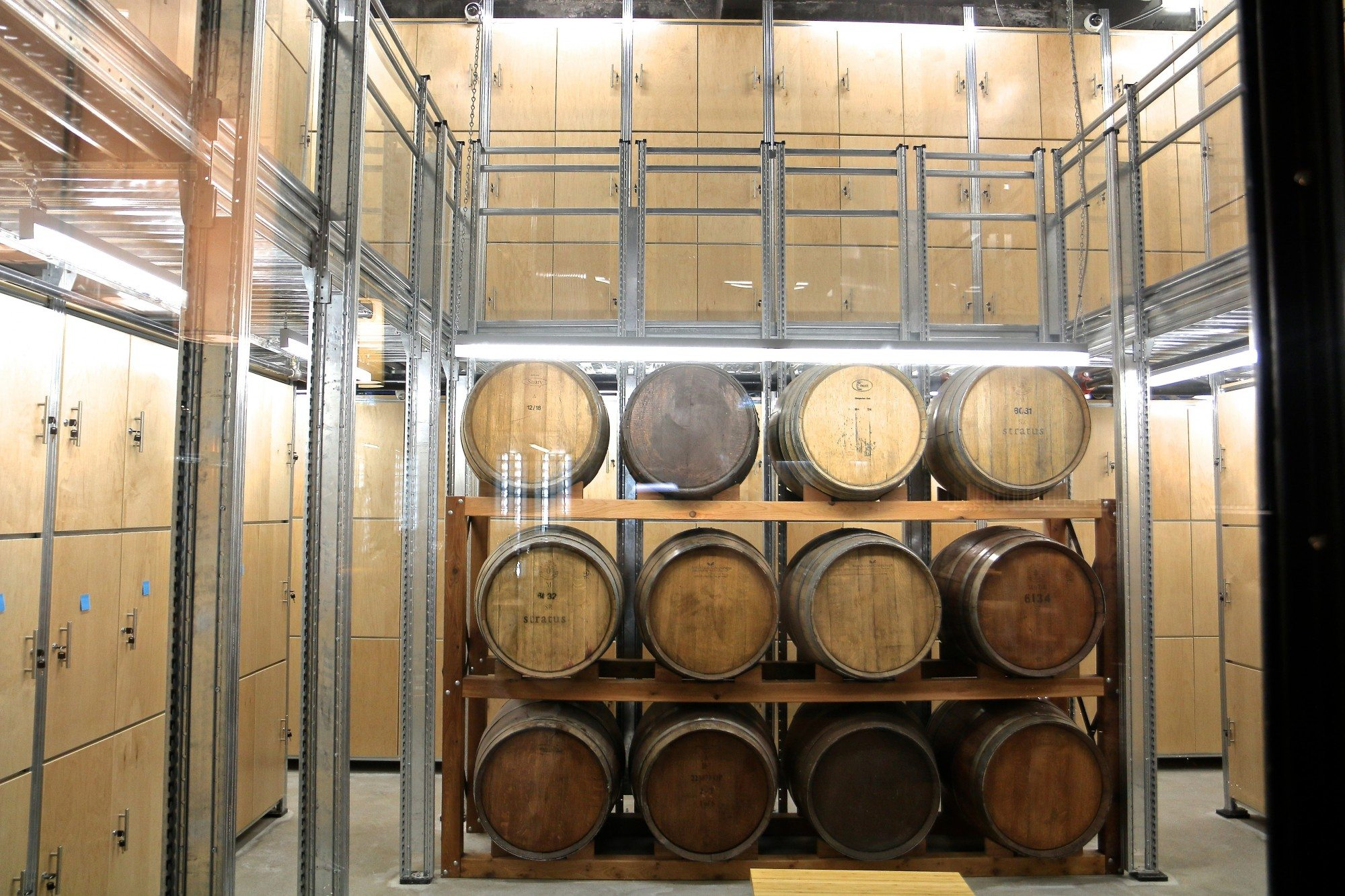 toronto-restaurants-clubs-the-private-wine-academy-financial-district-barrels