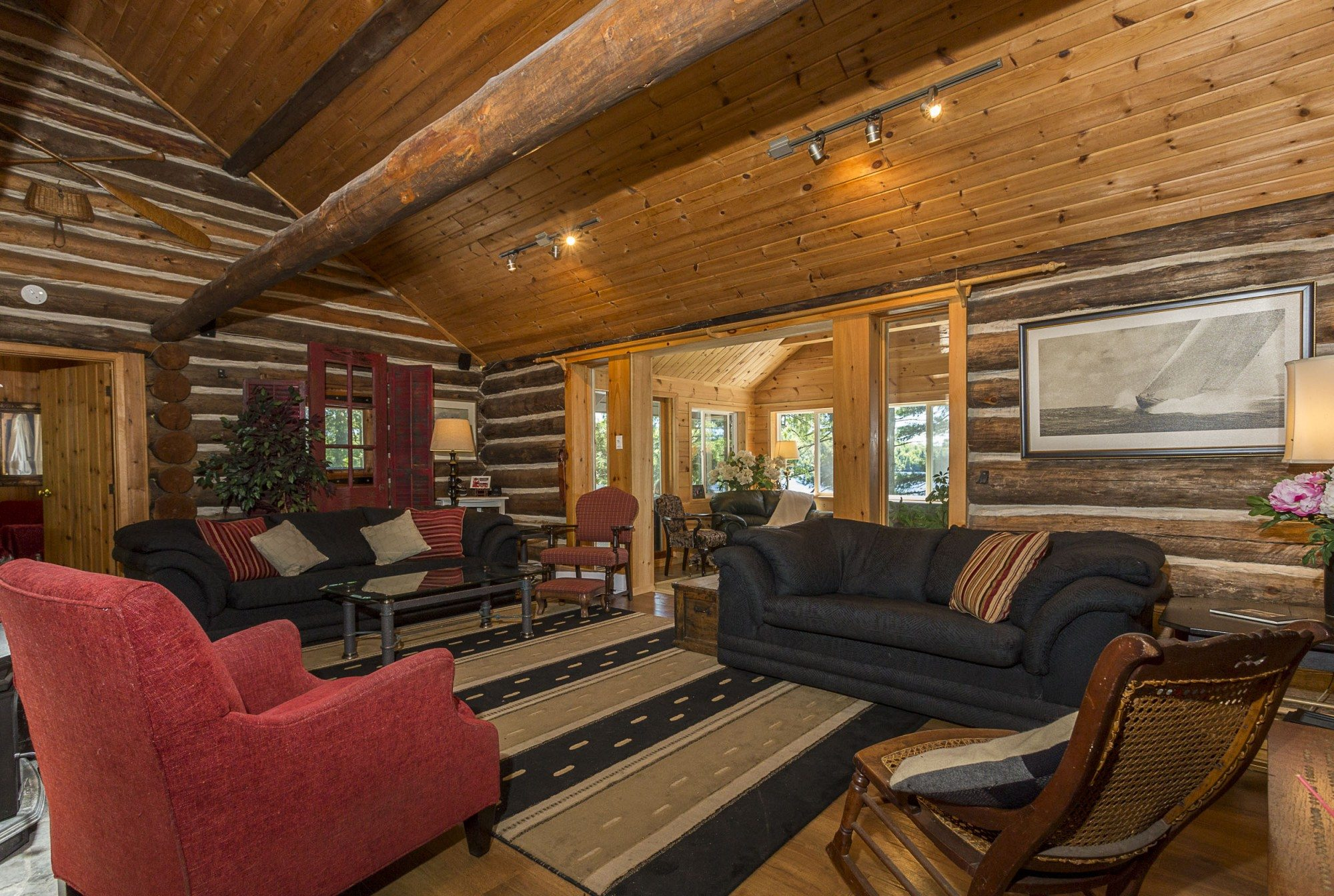 lake-of-bays-cottage-of-the-week-1057-montgomery-bay-road.3