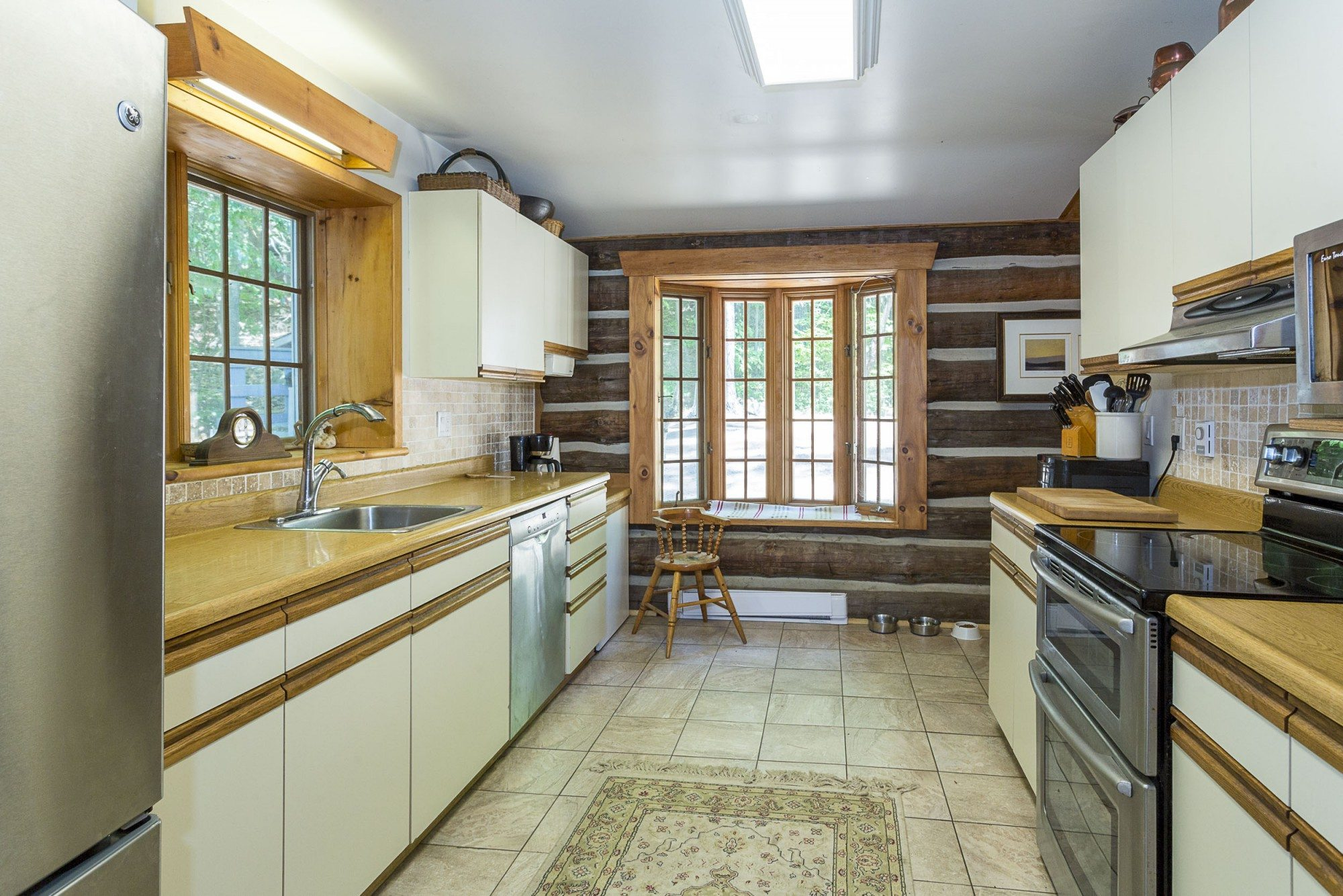lake-of-bays-cottage-of-the-week-1057-montgomery-bay-road.4
