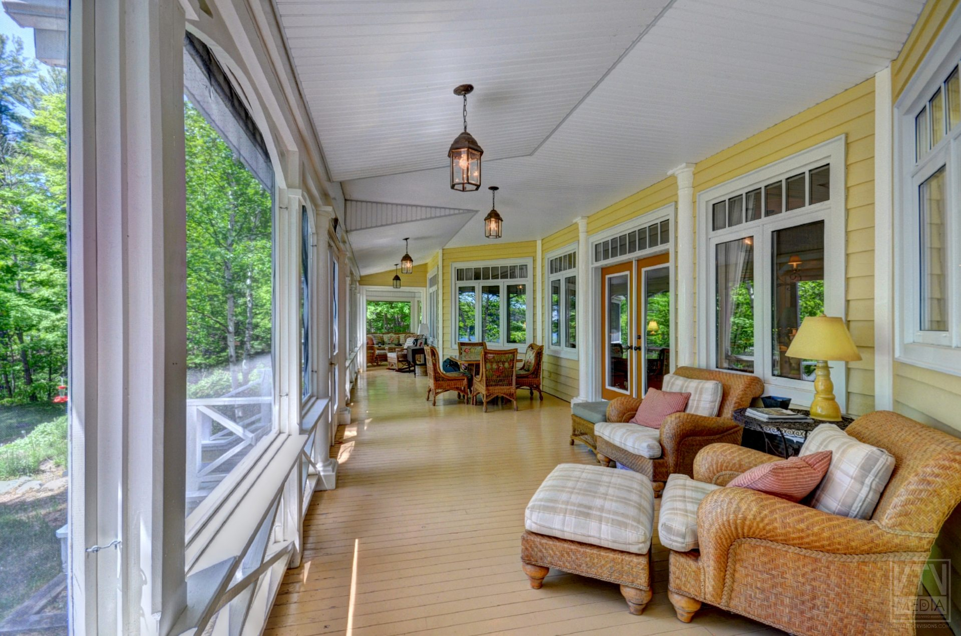 milford-bay-cottage-for-sale-1022-milford-manor-road-12
