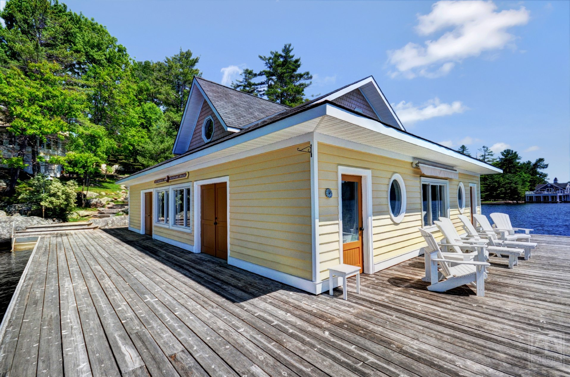milford-bay-cottage-for-sale-1022-milford-manor-road-15