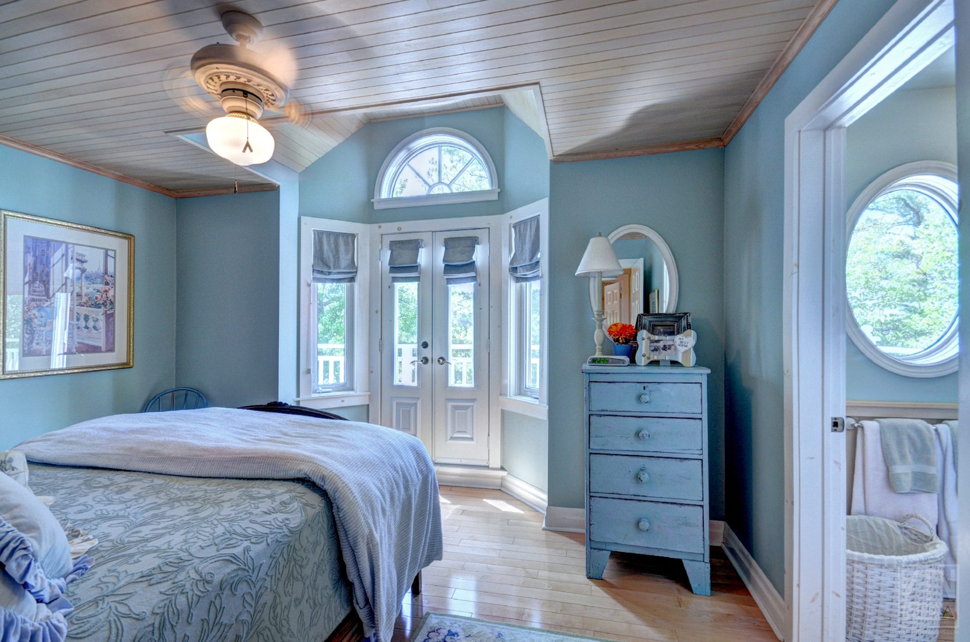 milford-bay-cottage-for-sale-1022-milford-manor-road-6