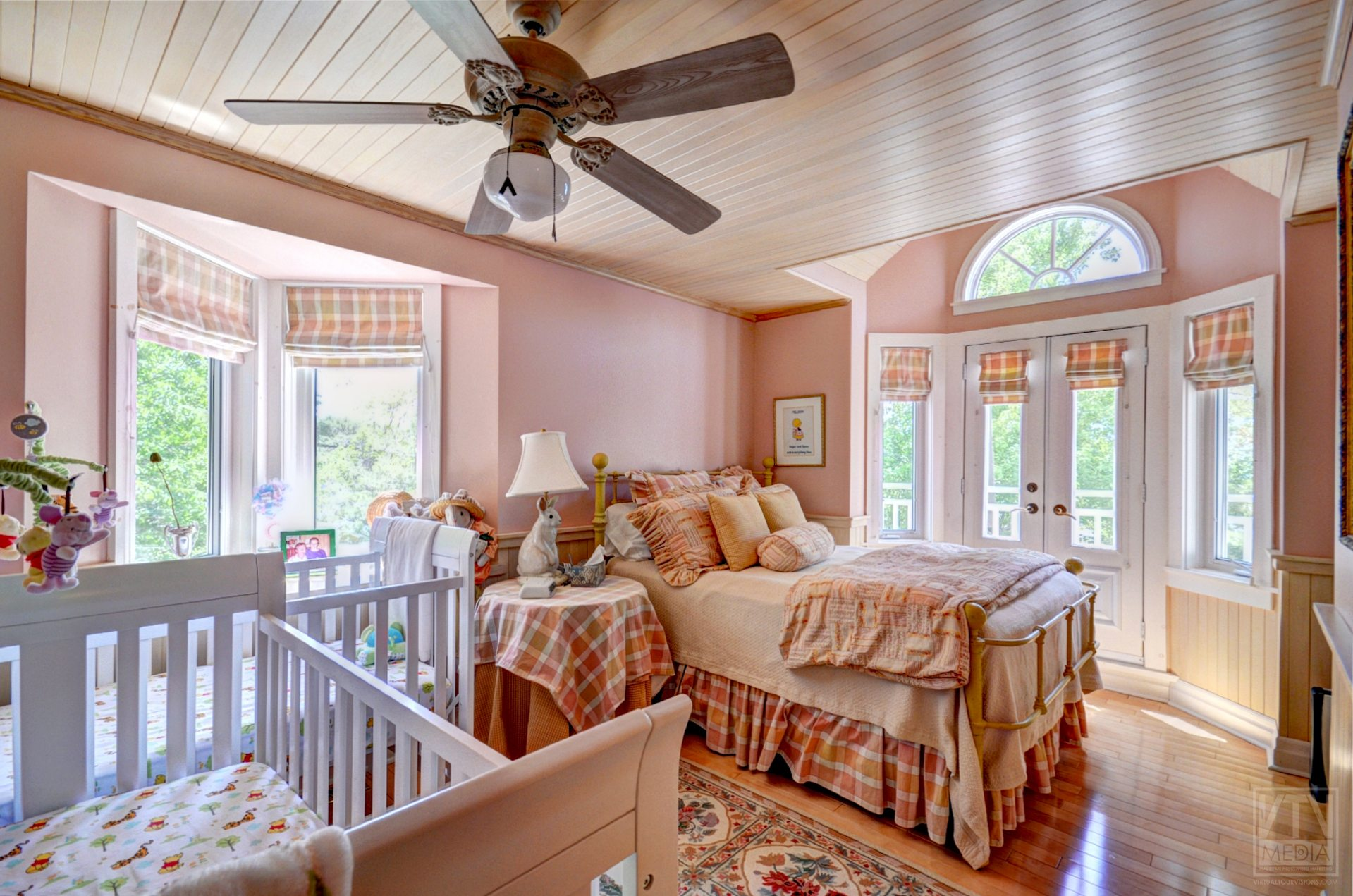 milford-bay-cottage-for-sale-1022-milford-manor-road-7