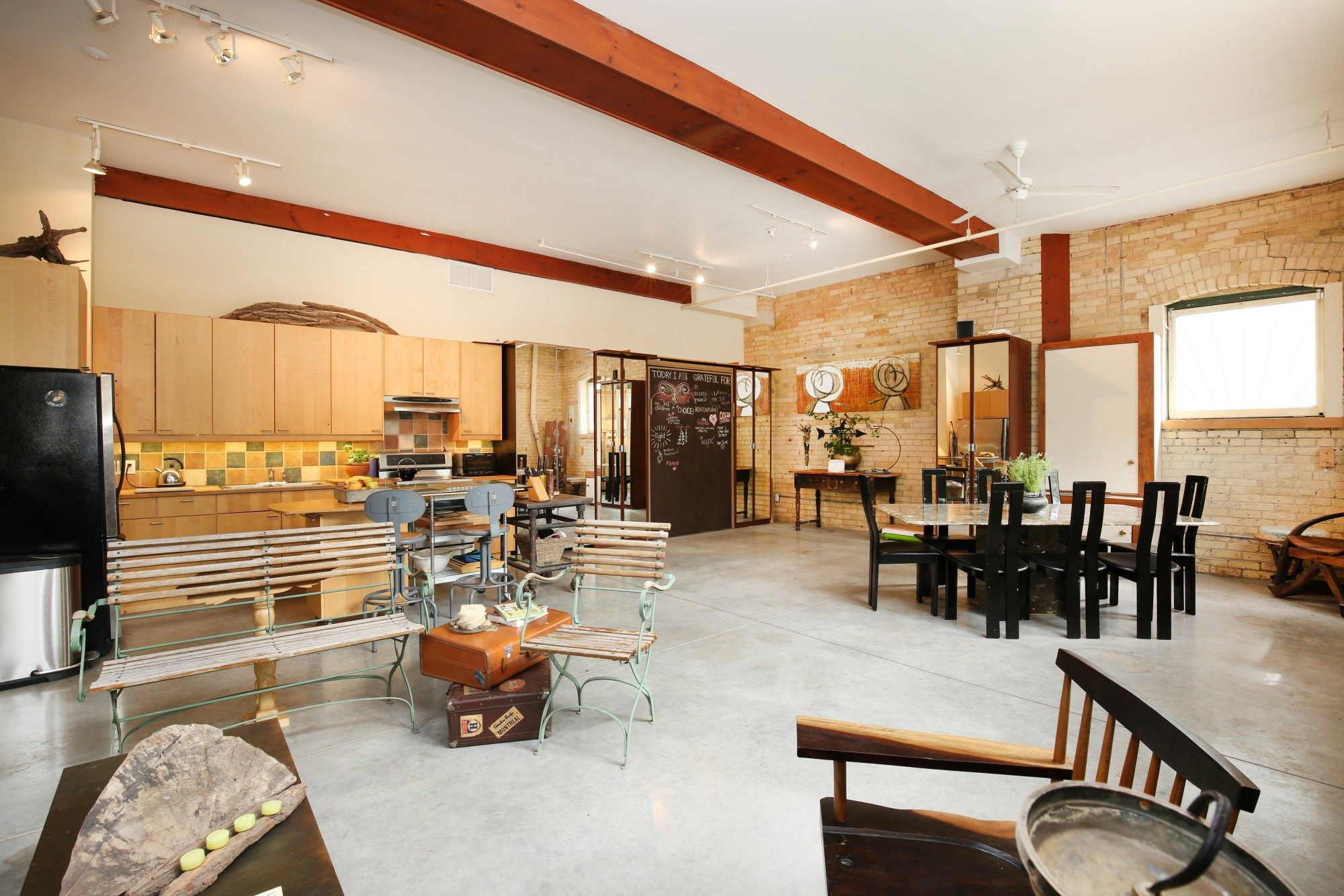 toronto-house-for-sale-154-shuter-street-2