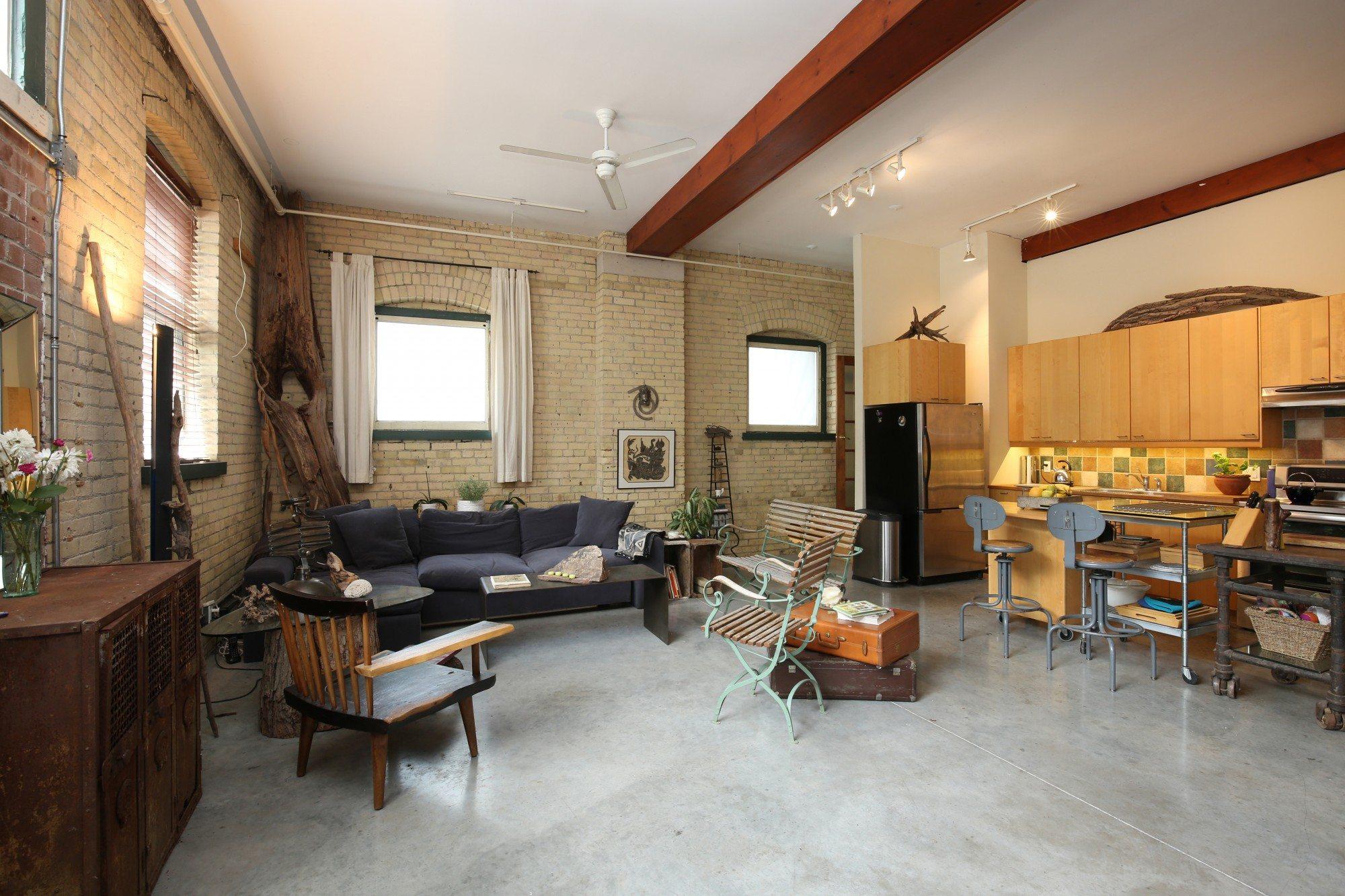 toronto-house-for-sale-154-shuter-street-3