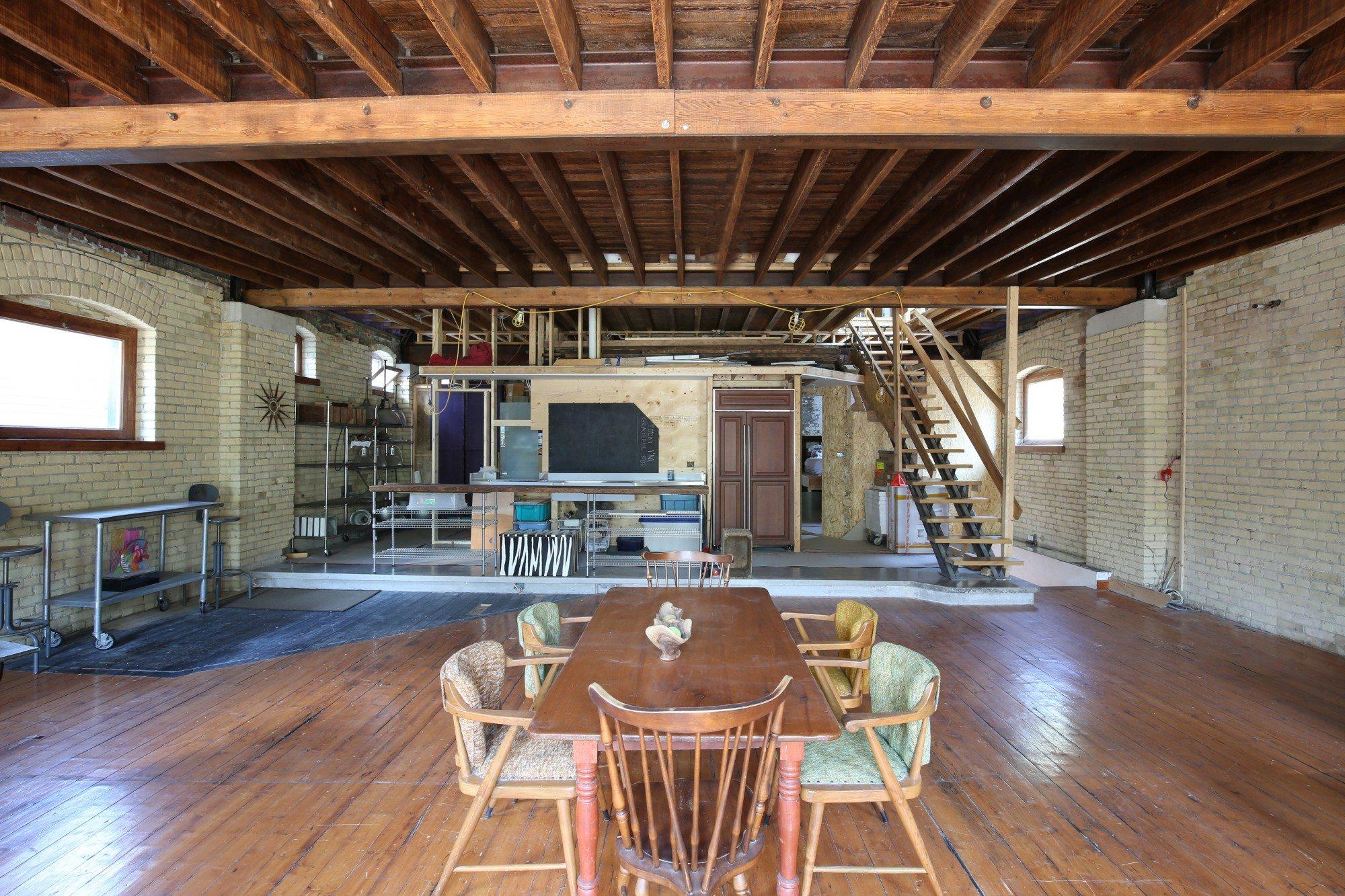 toronto-house-for-sale-154-shuter-street-7
