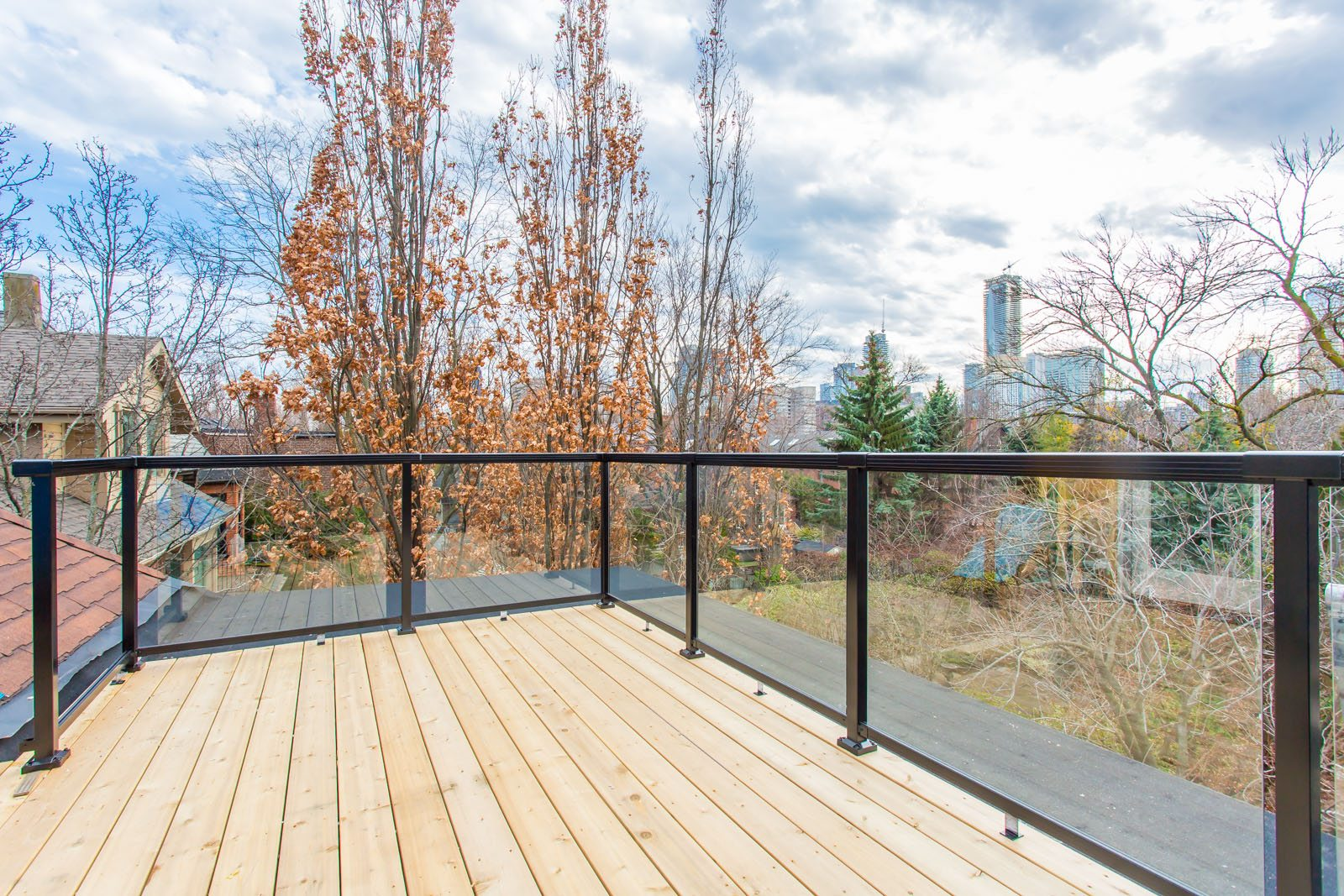 toronto-house-for-sale-181-crescent-road-16