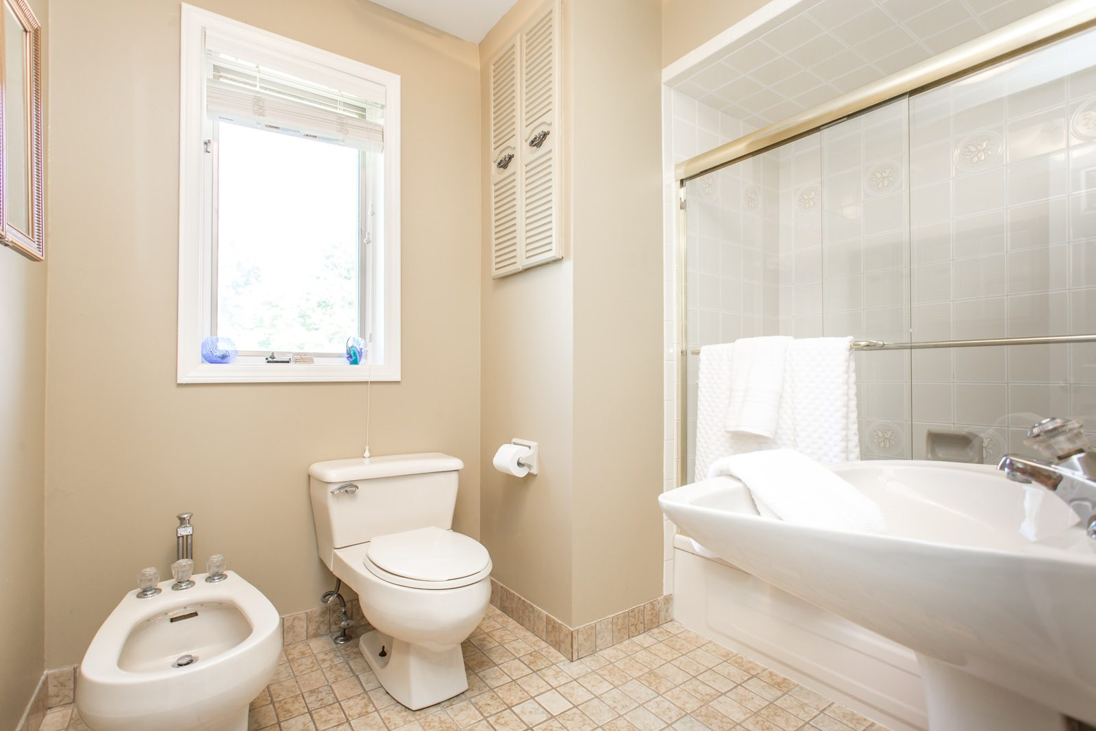 toronto-house-sold-26-overbrook-place-16