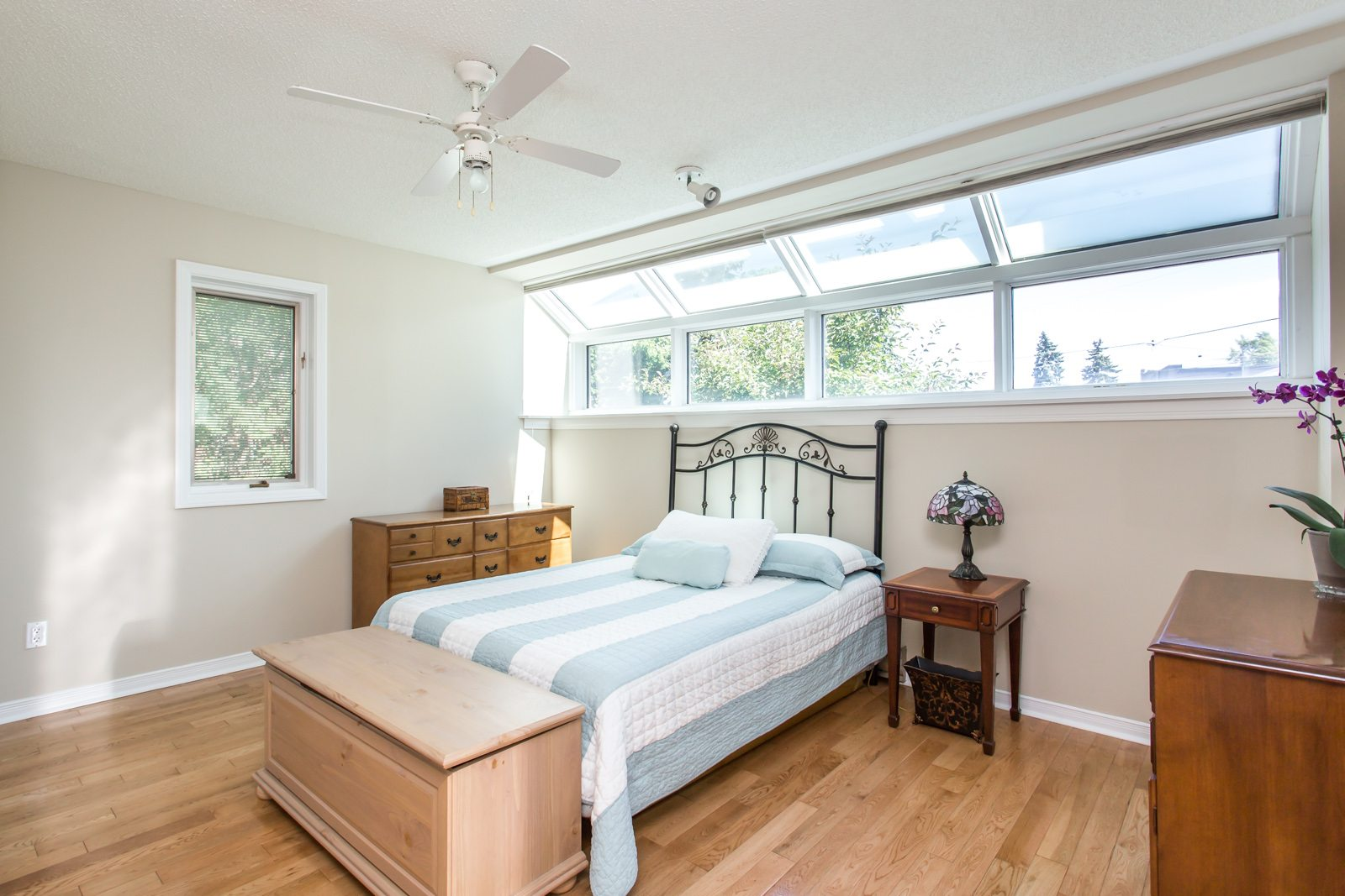toronto-house-sold-26-overbrook-place-9