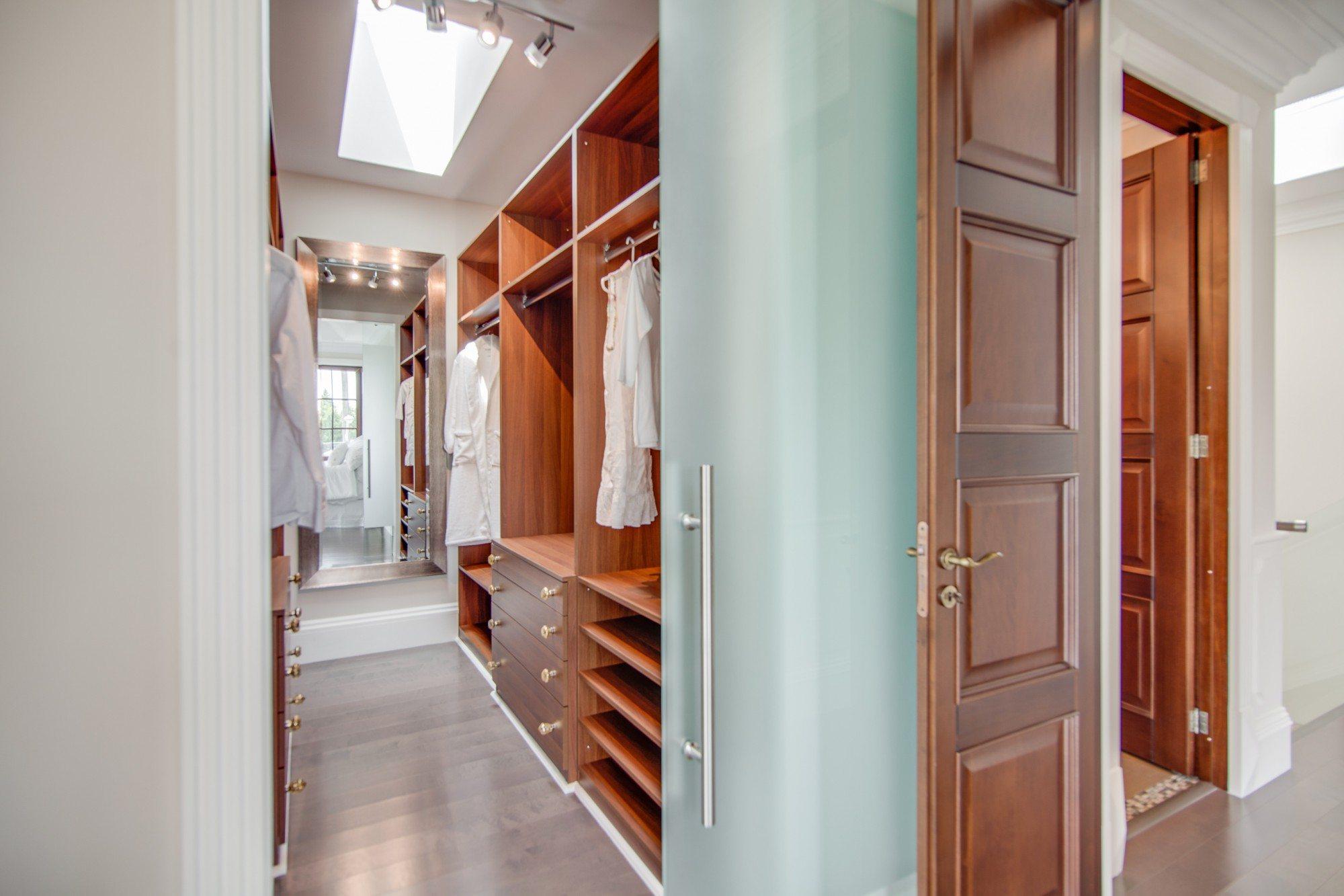 toronto-house-sold-52-cobden-street-10