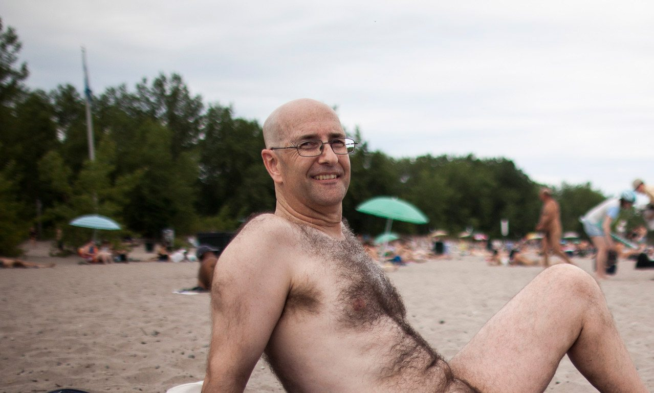 toronto-streeters-hanlans-point-nude-beach-clothing-optional-nature-boy-2