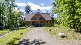 Cottage of the Week: $2.1 million for a cottage twofer near Lake of Bays