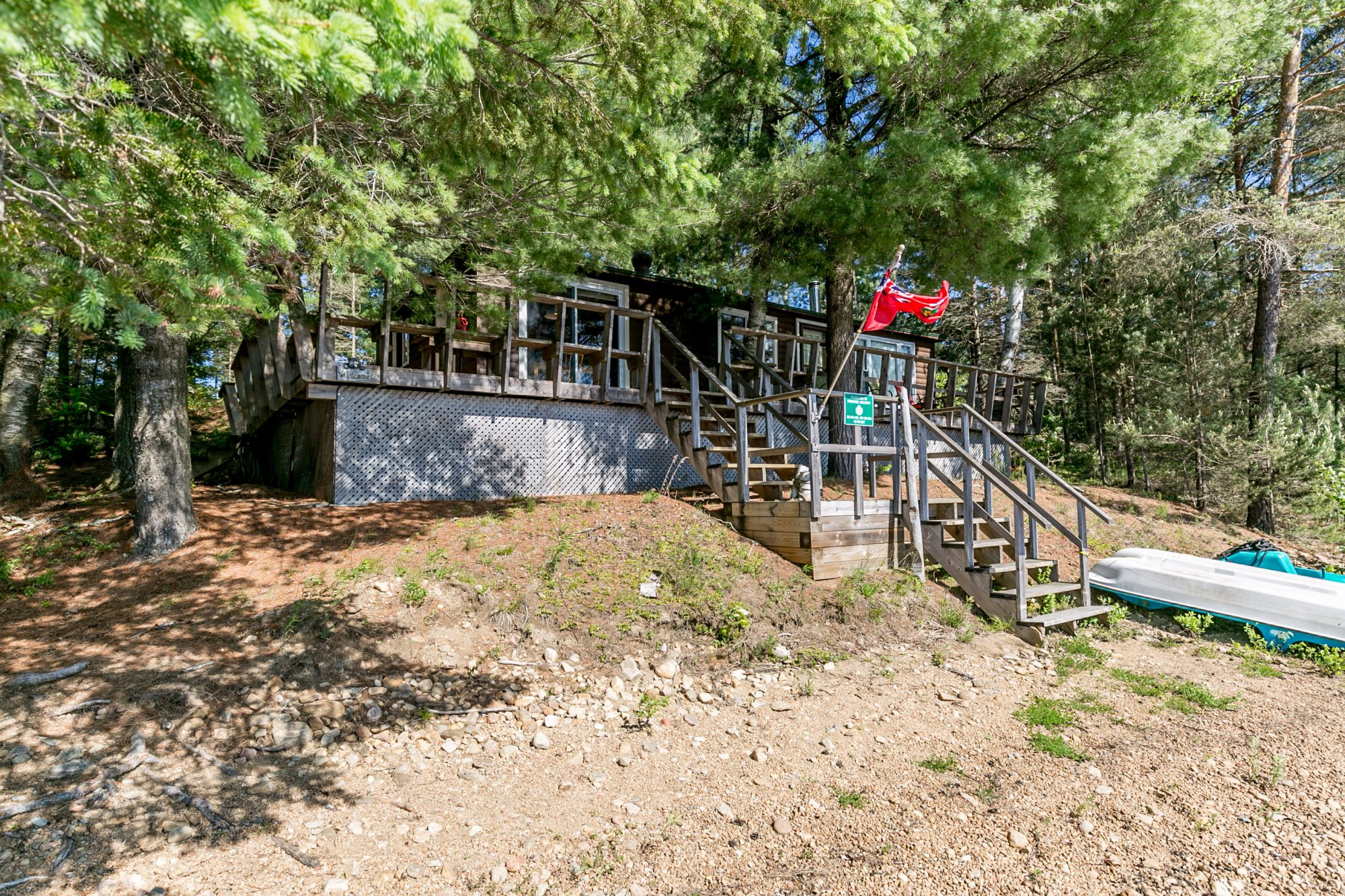 dwight-cottage-for-sale-1076-thumb-creek-trail-16