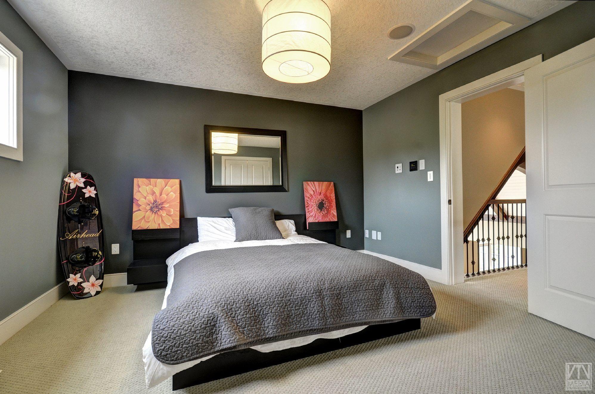 severn-cottage-for-sale-4289-delta-road-west-11