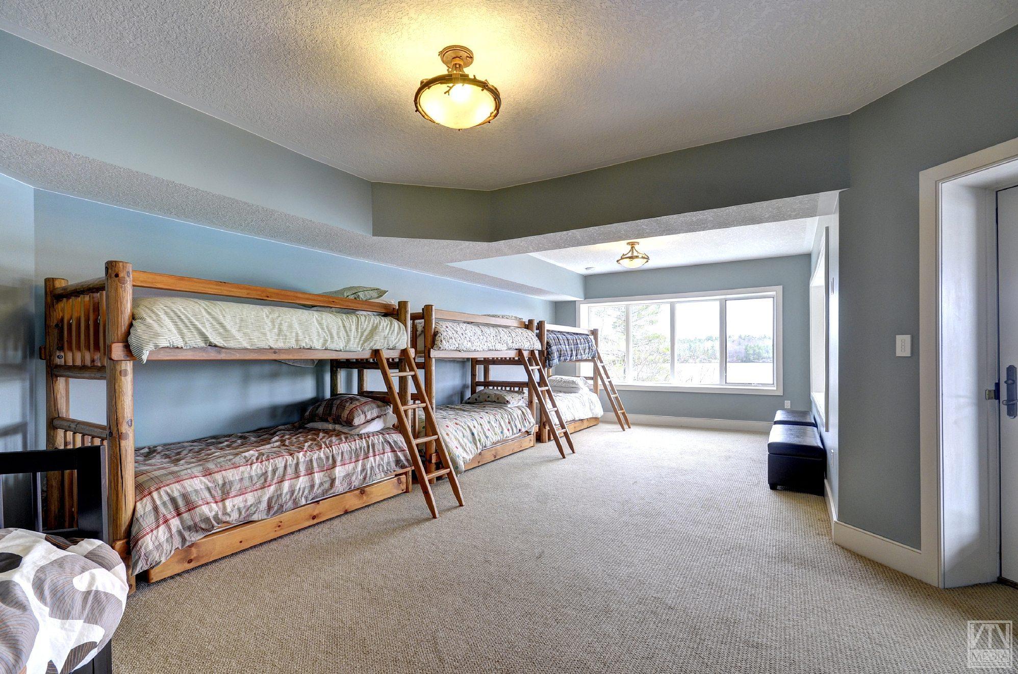 severn-cottage-for-sale-4289-delta-road-west-16