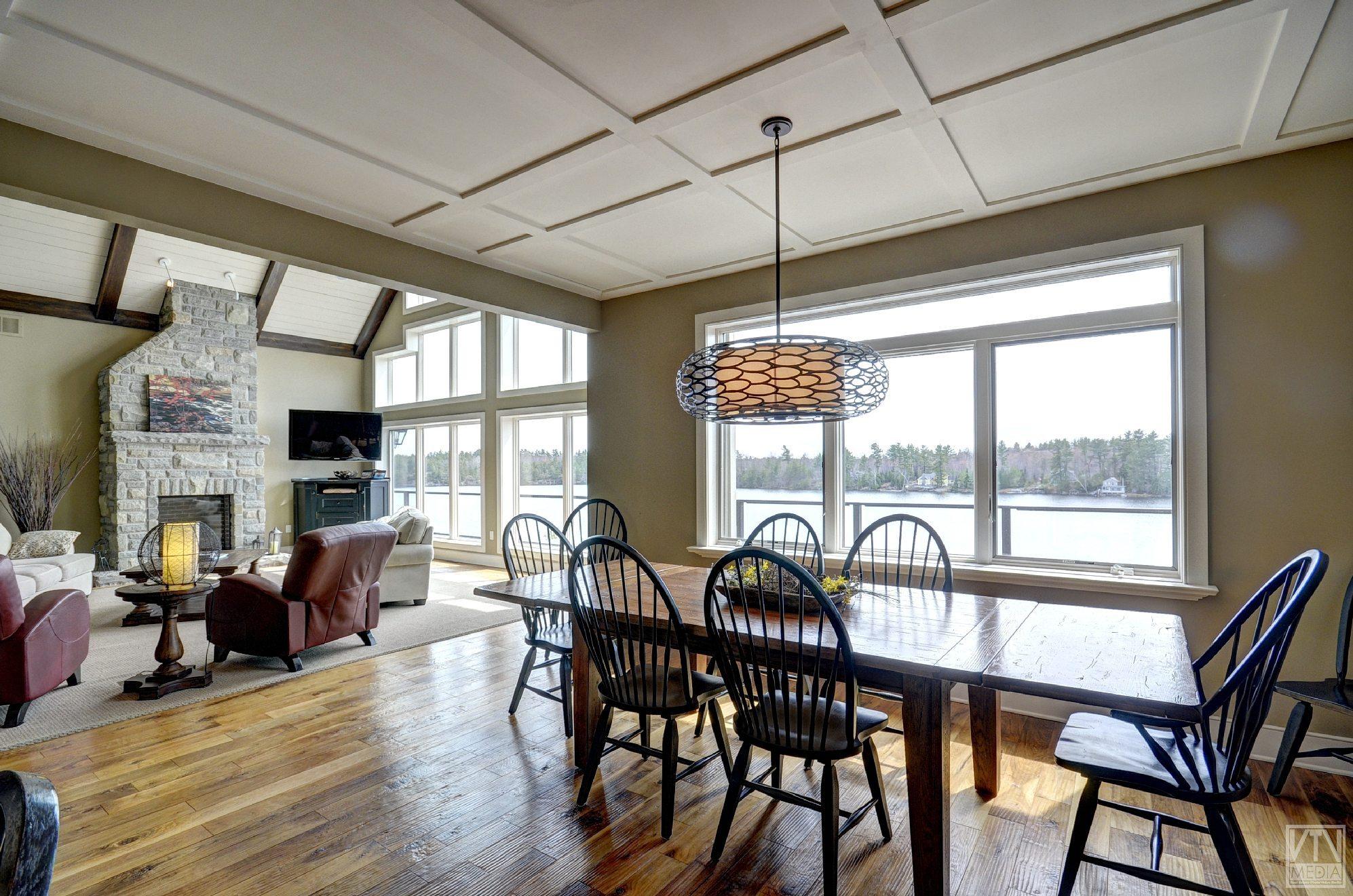severn-cottage-for-sale-4289-delta-road-west-3