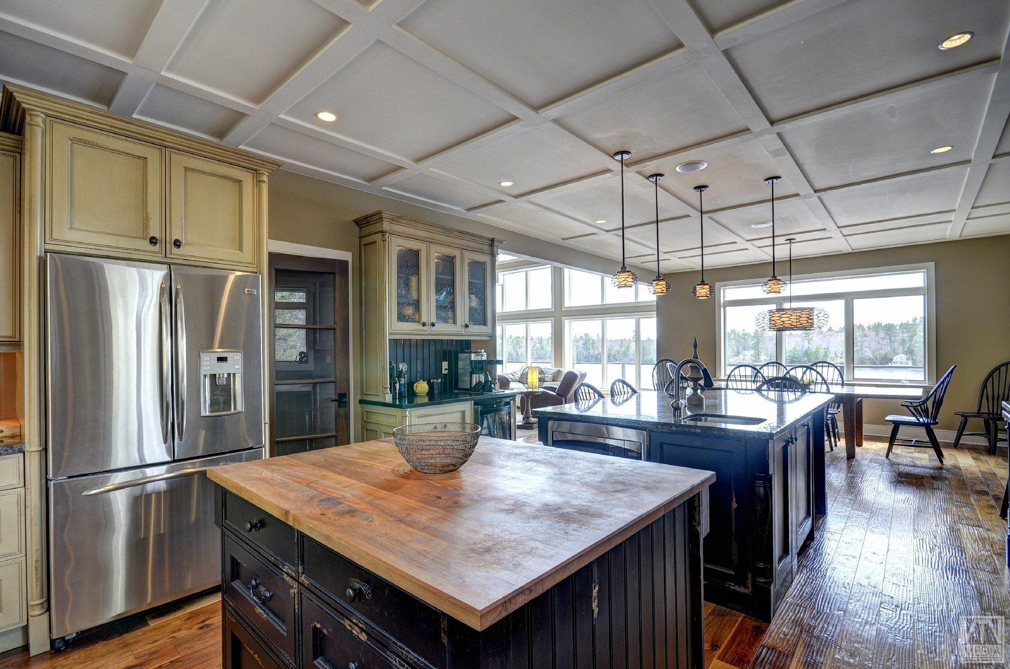 severn-cottage-for-sale-4289-delta-road-west-6