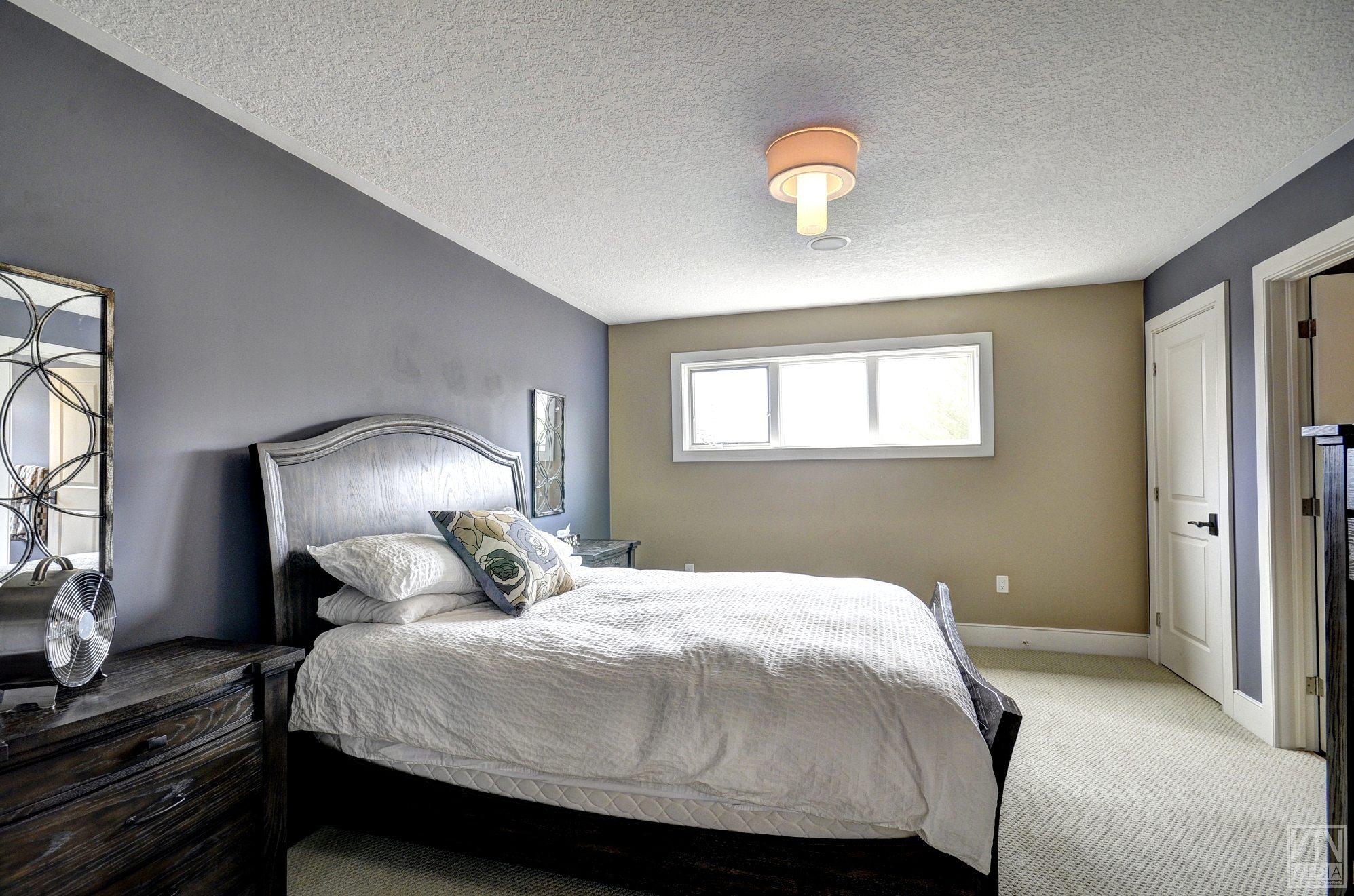 severn-cottage-for-sale-4289-delta-road-west-9
