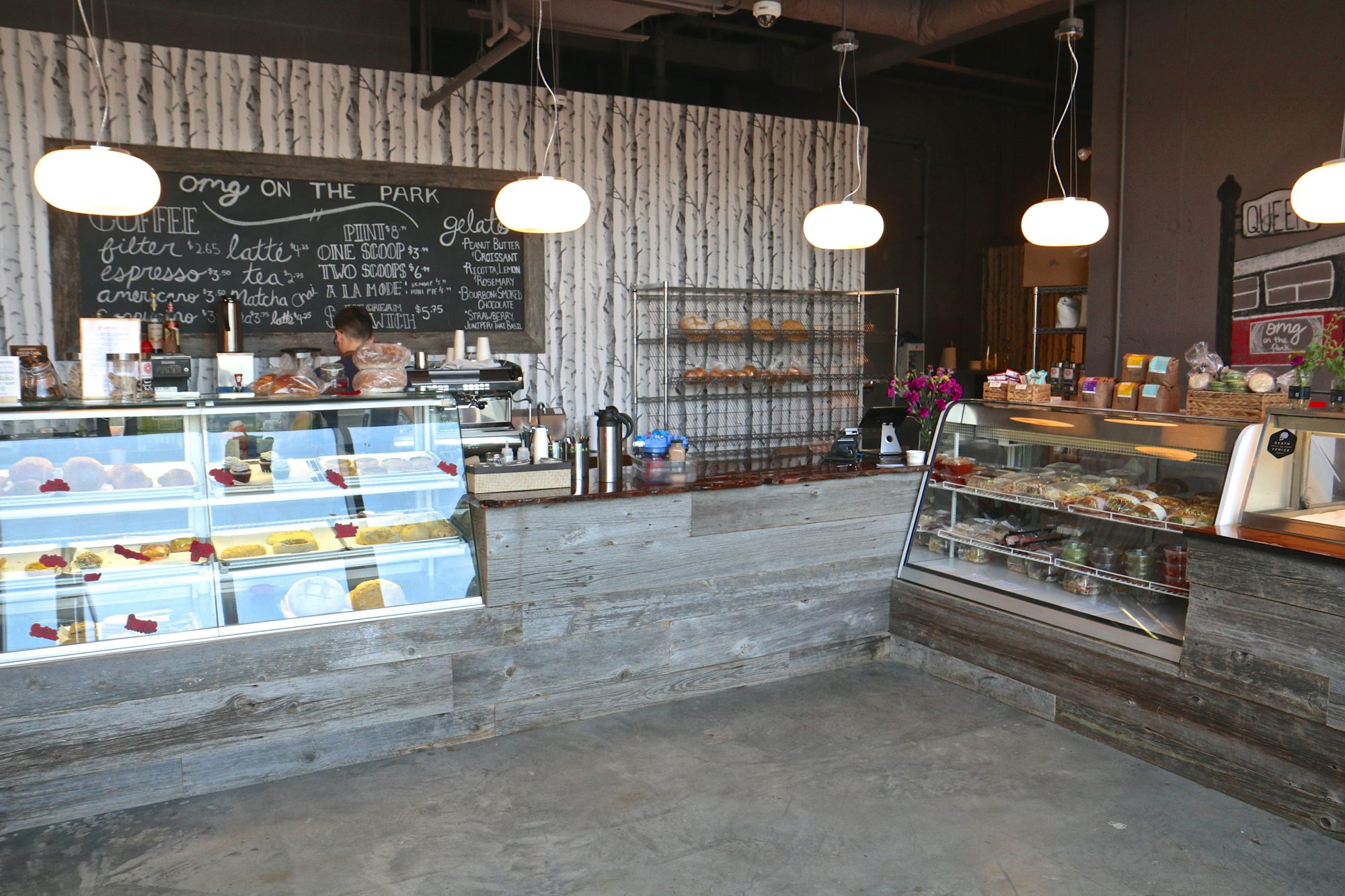 toronto-bakeries-cafes-omg-on-the-park-little-portugal-interior