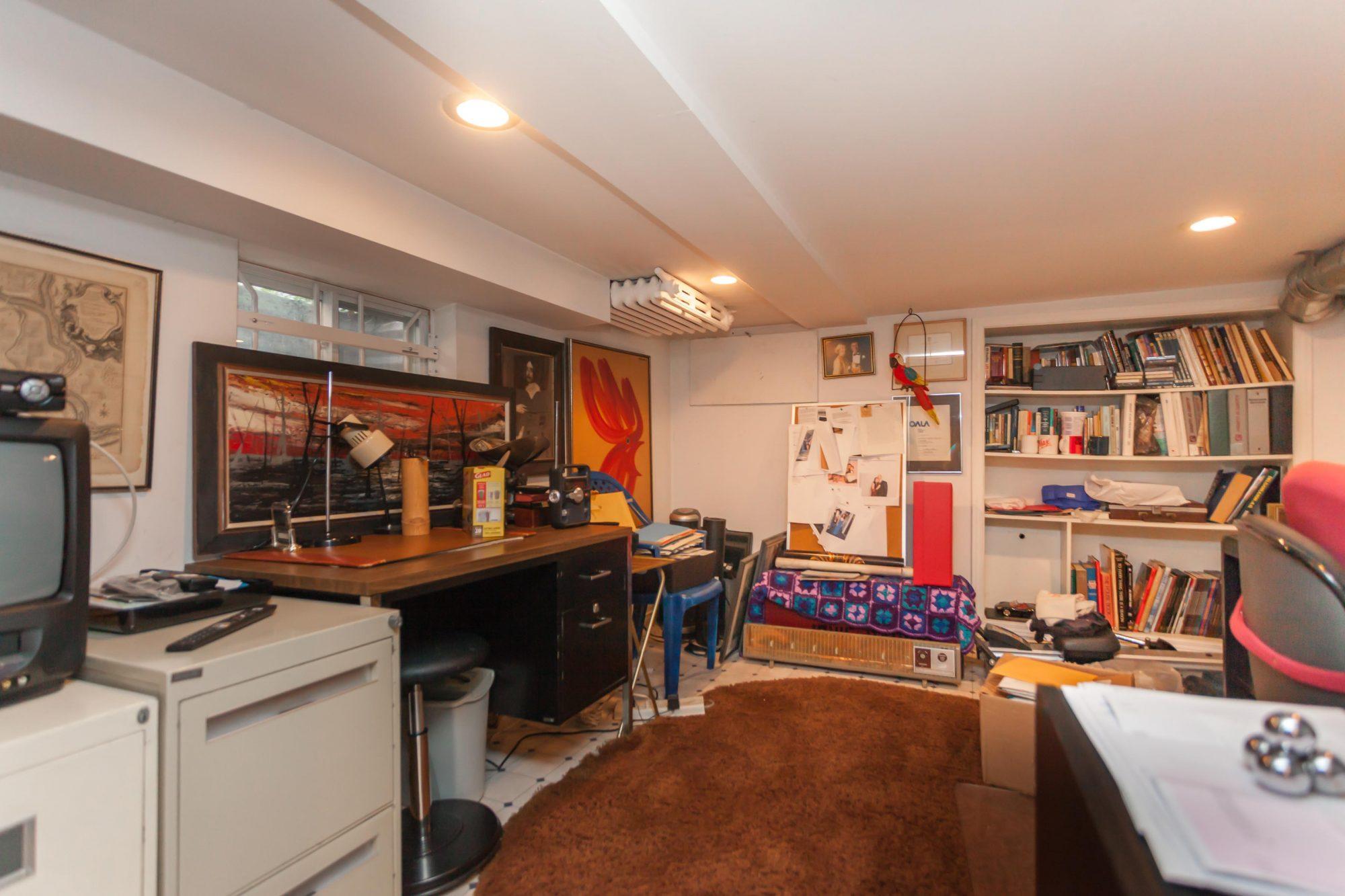 toronto-house-sold-112-helendale-avenue-9